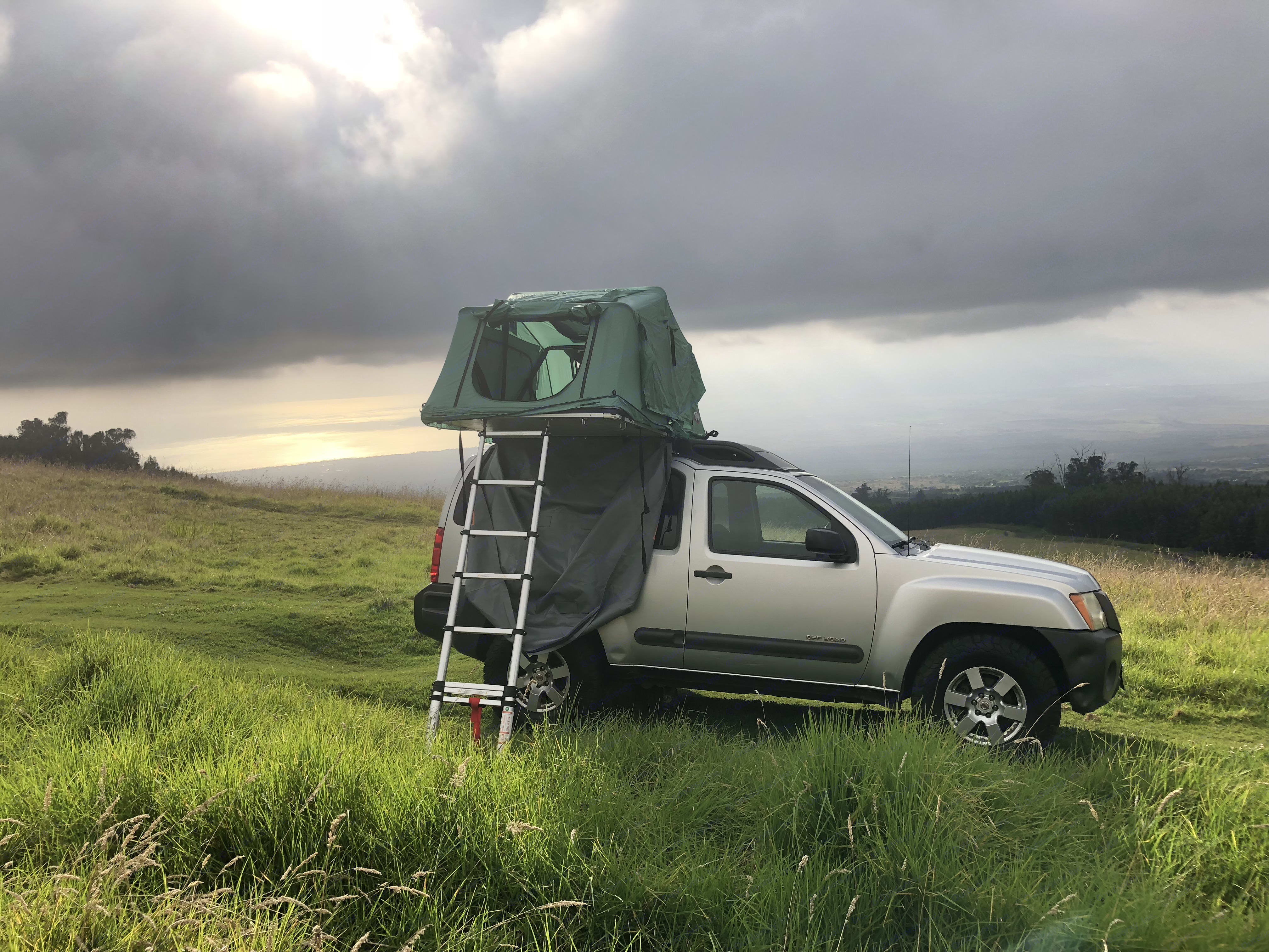 """Our """"Kekoa"""" (from hawaiian """"the brave one"""") 4WD nissan xterra with Tepui tent for two . nissan Xterra 4x4 off road sport utility 4D 2008"""