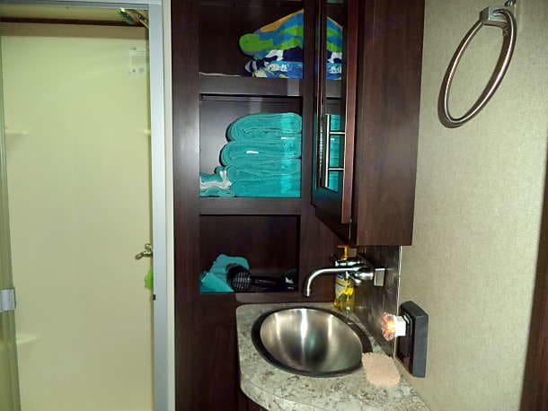 Main bathroom, shower and linen closet. . Forest River Nitro XLR 2017