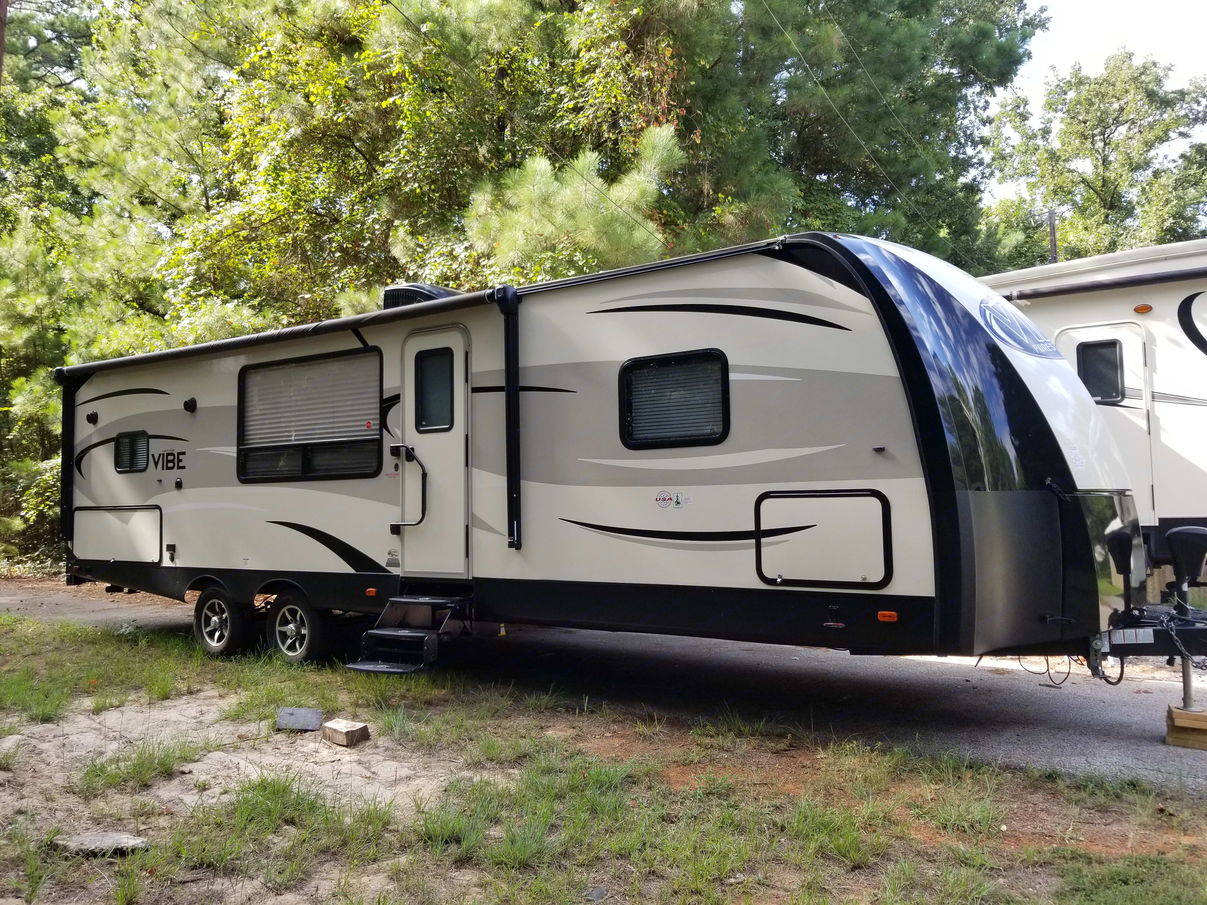 LIke new travel trailer ! Easy to tow and set up ! Very comfortable and enjoyable !. Forest River Vibe 268RKS 2017