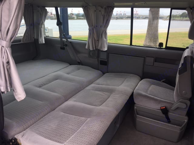Queen size bed, perfect for people of every height.. Volkswagen Westfalia 2002