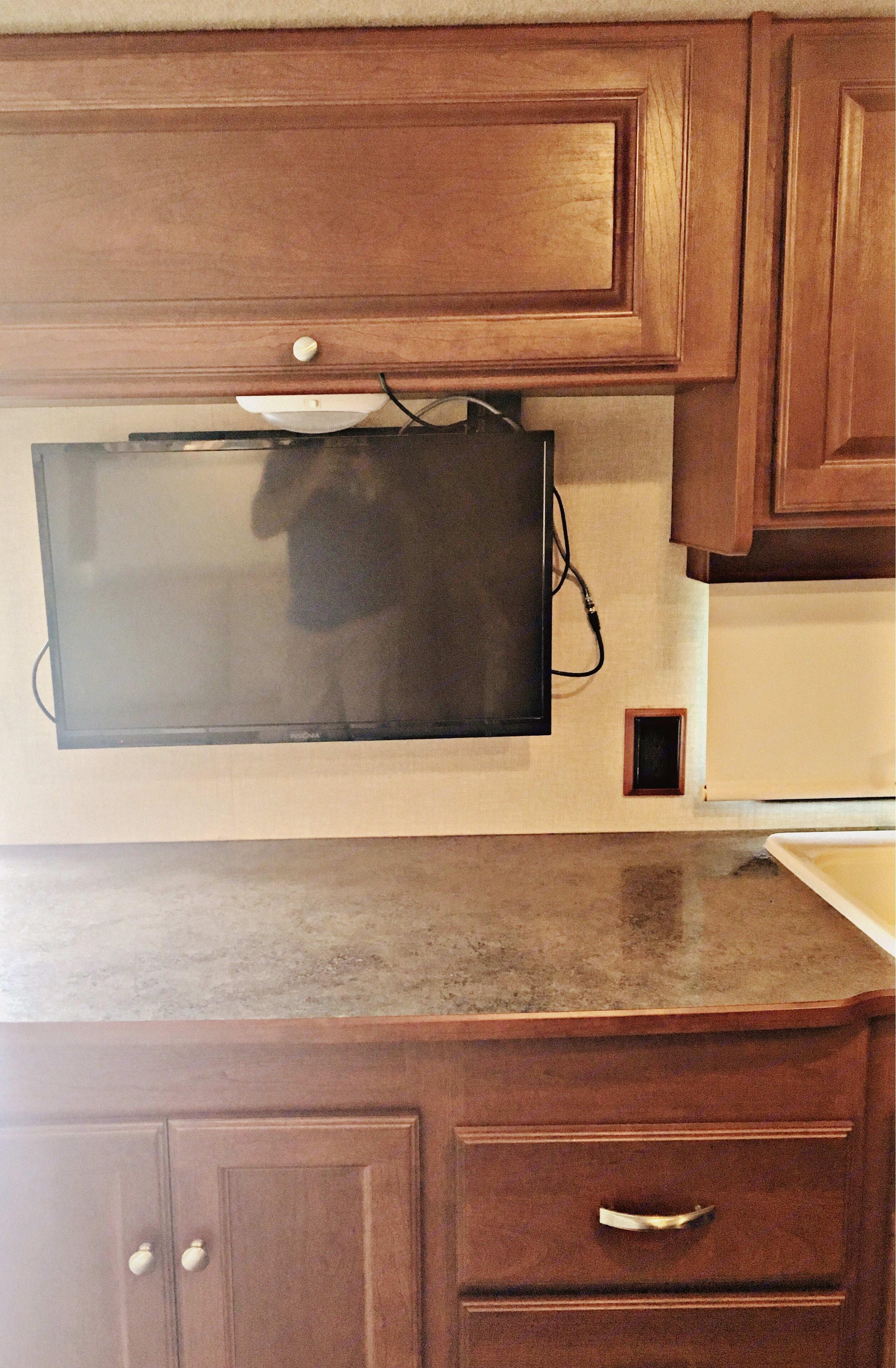 TV In Living Area. Winnebago Vista 2015