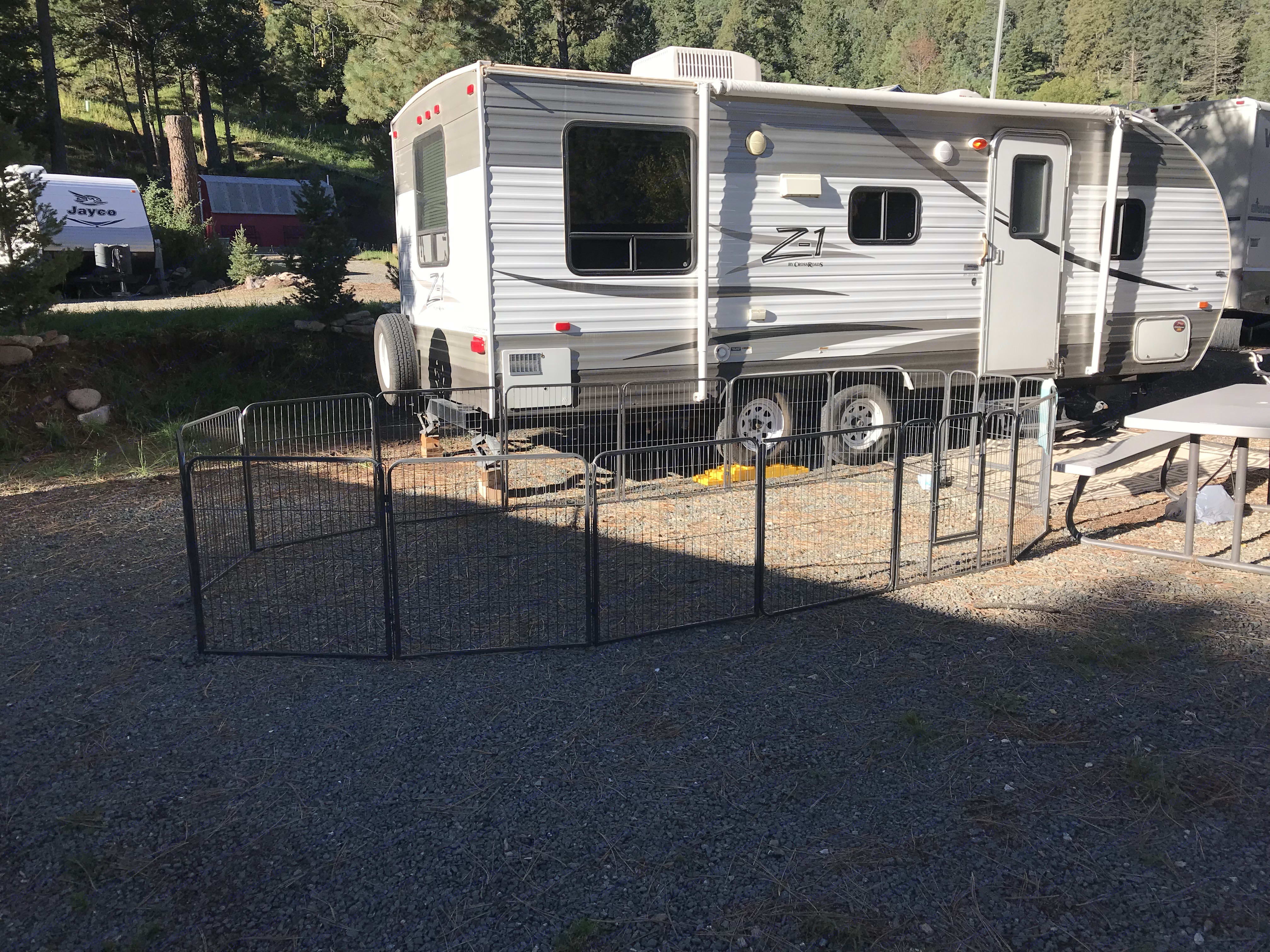included with the camper is 2 folding chairs, folding table, large door mat and if you like a large dog pen. Crossroads Z-1 2012