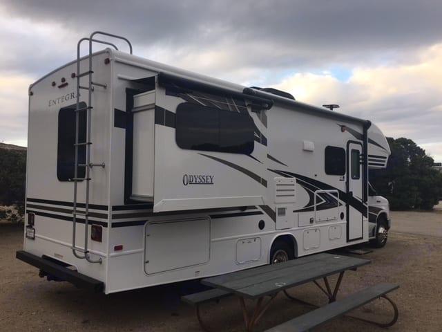 Entegra Coach Odyssey 26D 2019