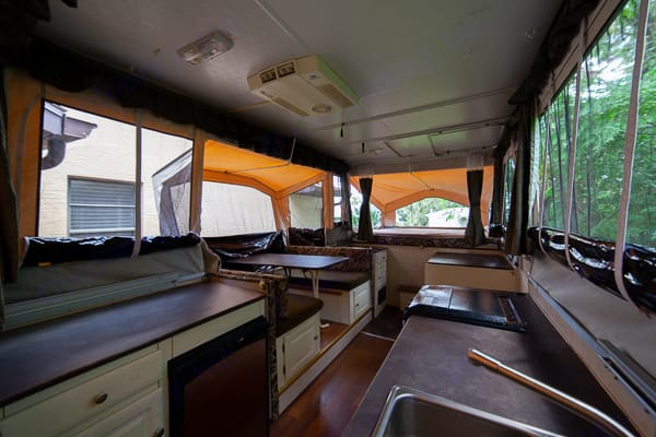 Spacious interior. Forest River Flagstaff 2007