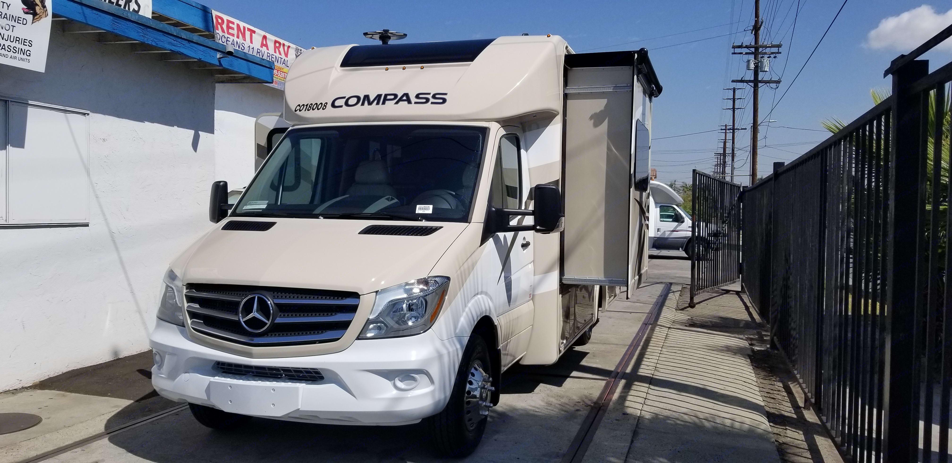 Thor Motor Coach compass 2018