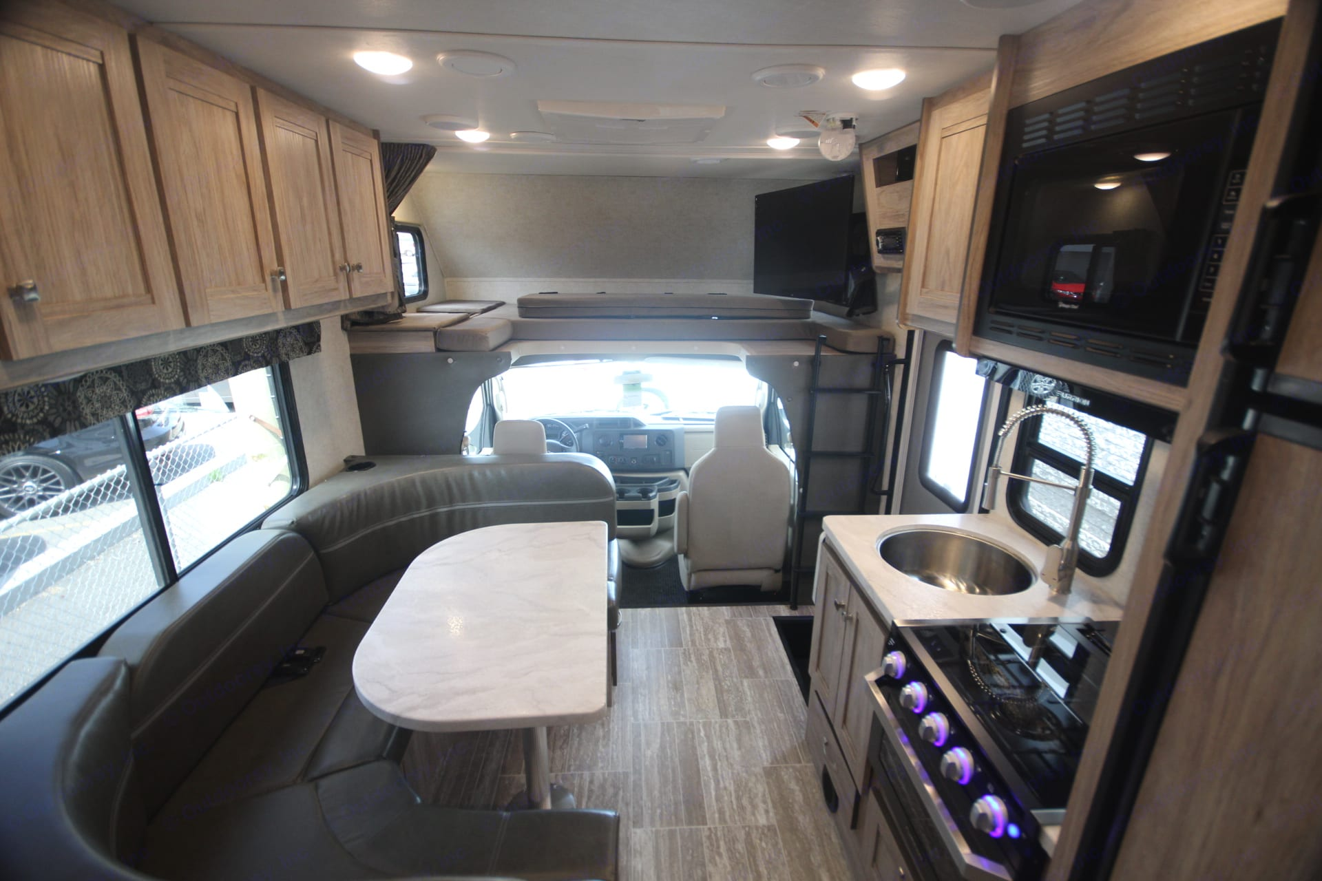 Forest River Sunseeker 2350 LE 2018