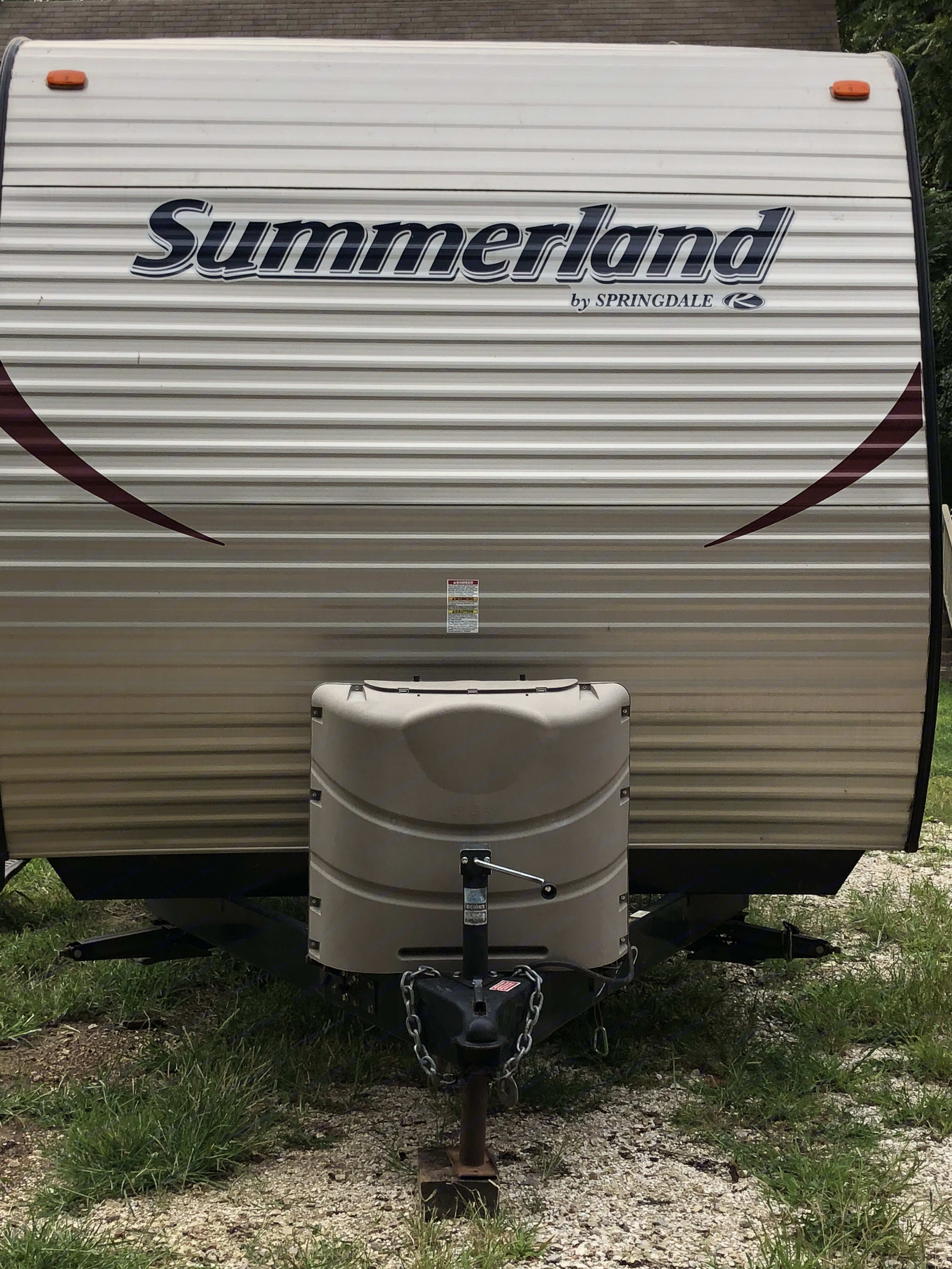 Front of the camper. Keystone Summerland 2014