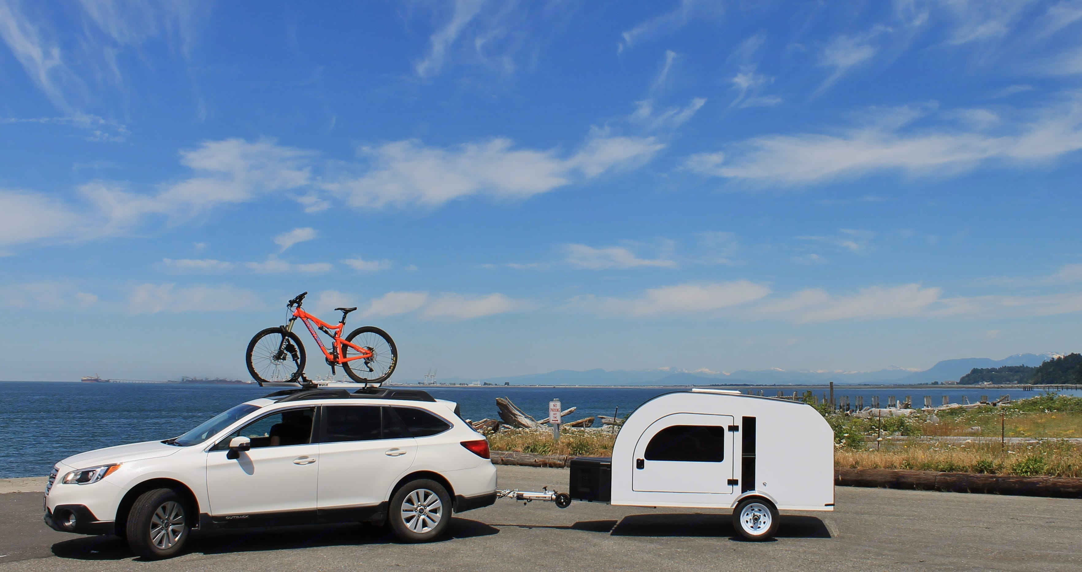 Lightweight (950lbs) camping trailer. DROPLET can be towed by most small/medium size cars. Check specs on droplet-trailer.com to see if your car is compatible.. DROPLET 58 2017