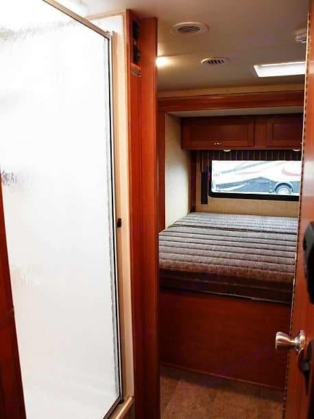 Master bedroom with two slide outs.. Winnebago Minnie Winnie 2017