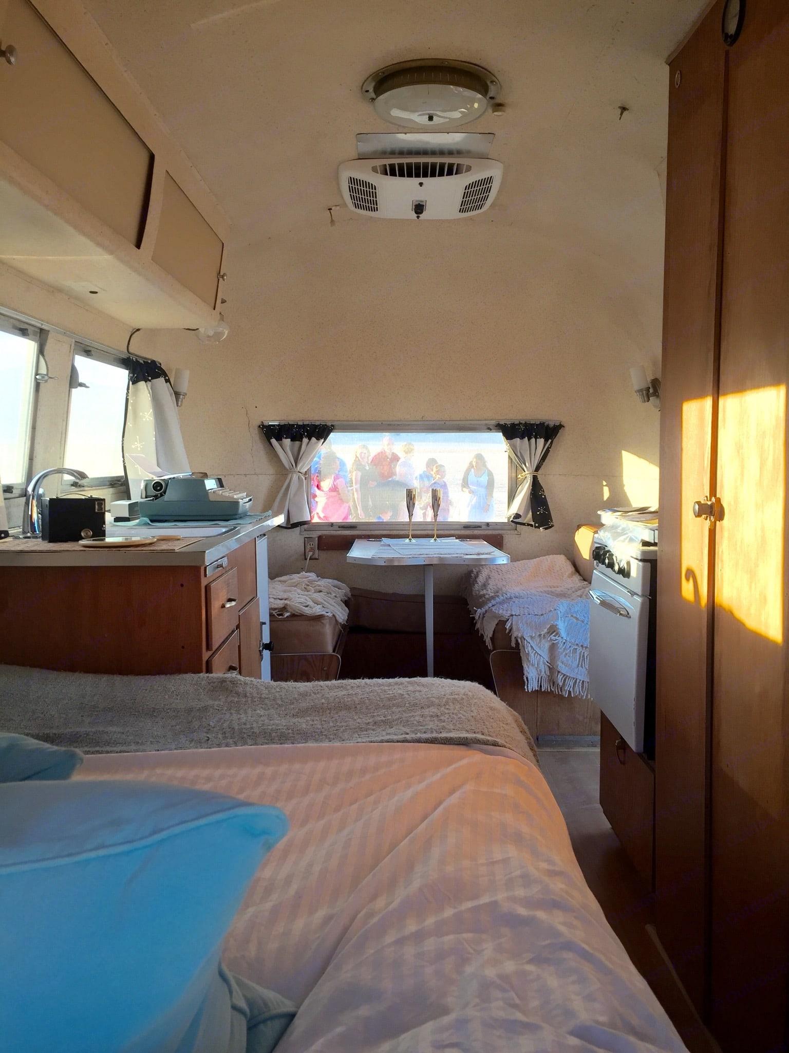Airstream Caravel 1960