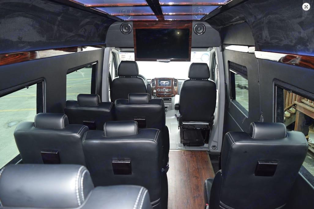 Mercedes Executive 14 passenger 2016