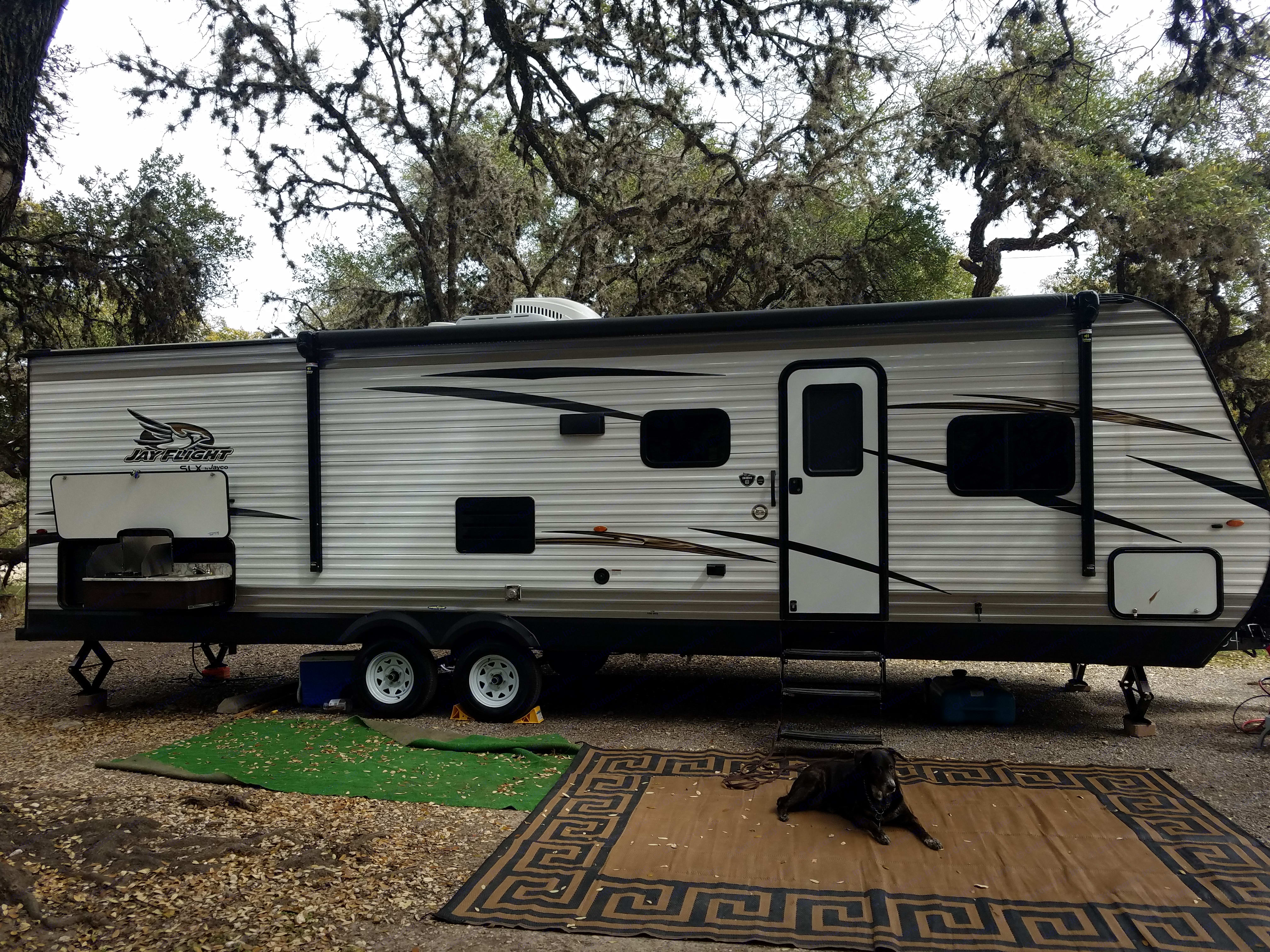 The Oasis is an economical,  fully functional, exceptionally clean rig  just perfect for you and your friends and/or family!. Jayco Jay Flight 2018