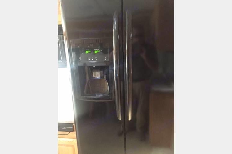 Residential refrigerator!. Holiday Rambler Ambassador 2005