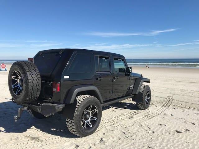 Beach it up!. Dodge Jeep Unlimited X 4x4 2018