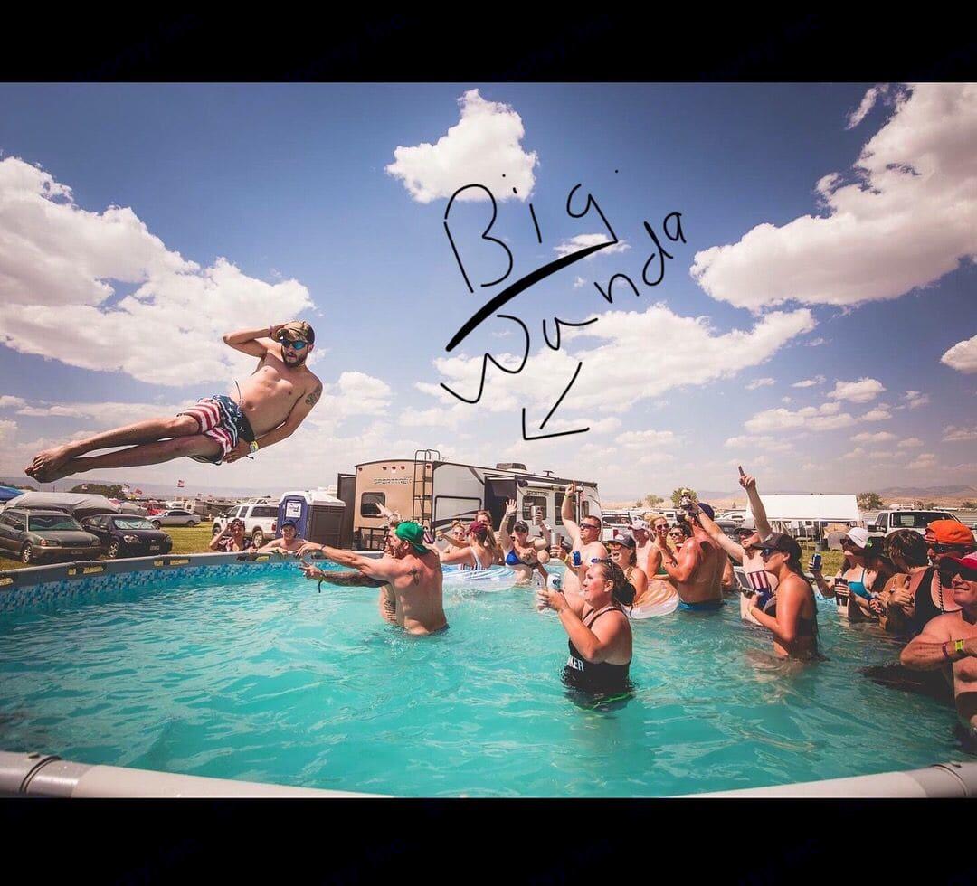 Fun in the sun with Big Wanda!. Venture Rv Sporttrek 2017