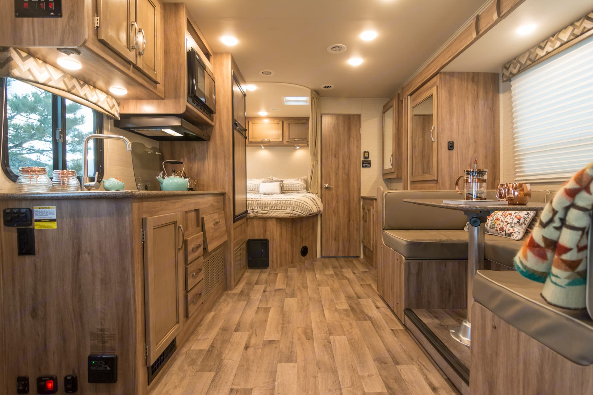 Roomy living space with dinette slideout.. Jayco Redhawk 2019