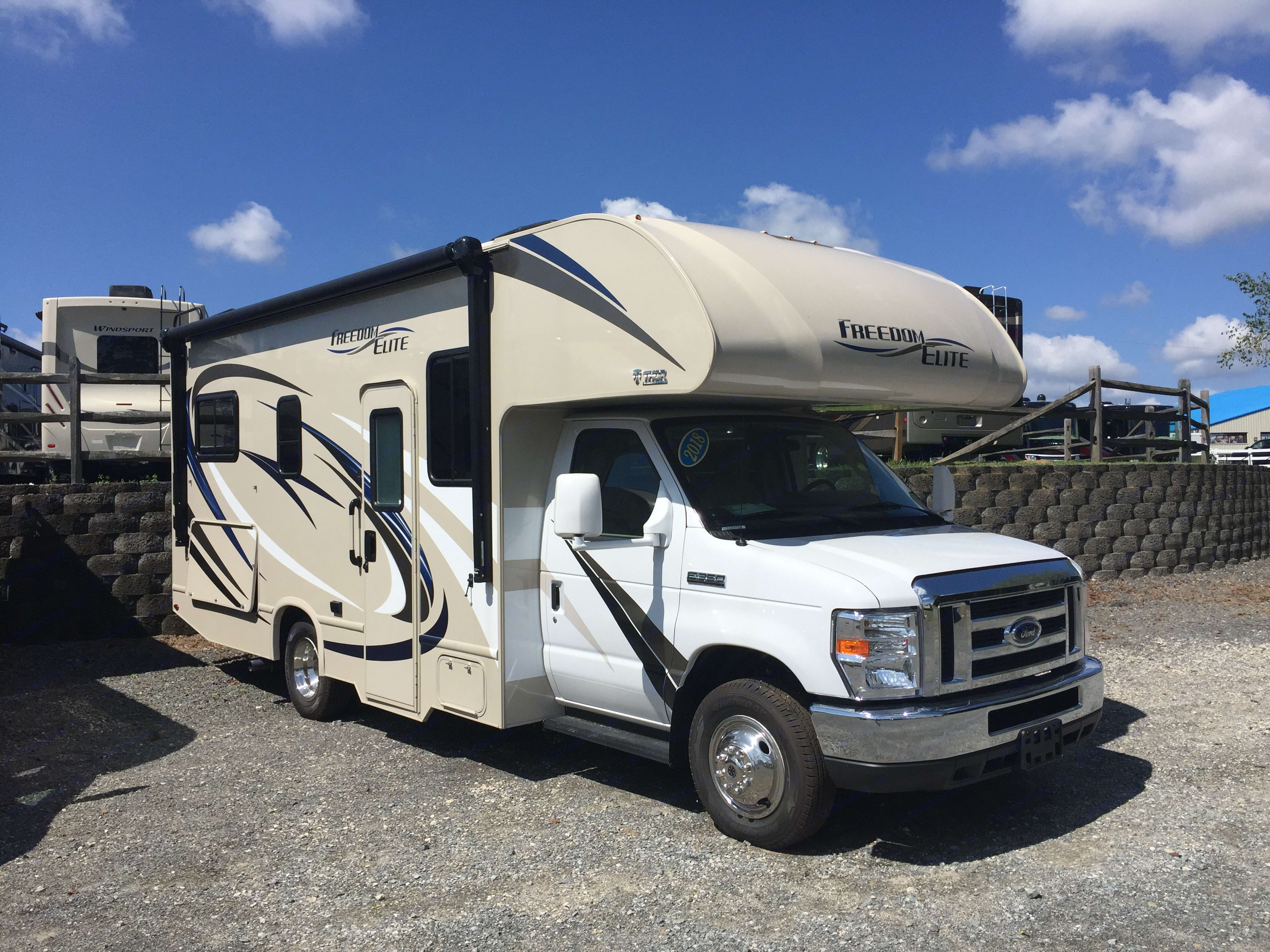 The day Thor came home with me.. Thor Motor Coach Freedom Elite 2018