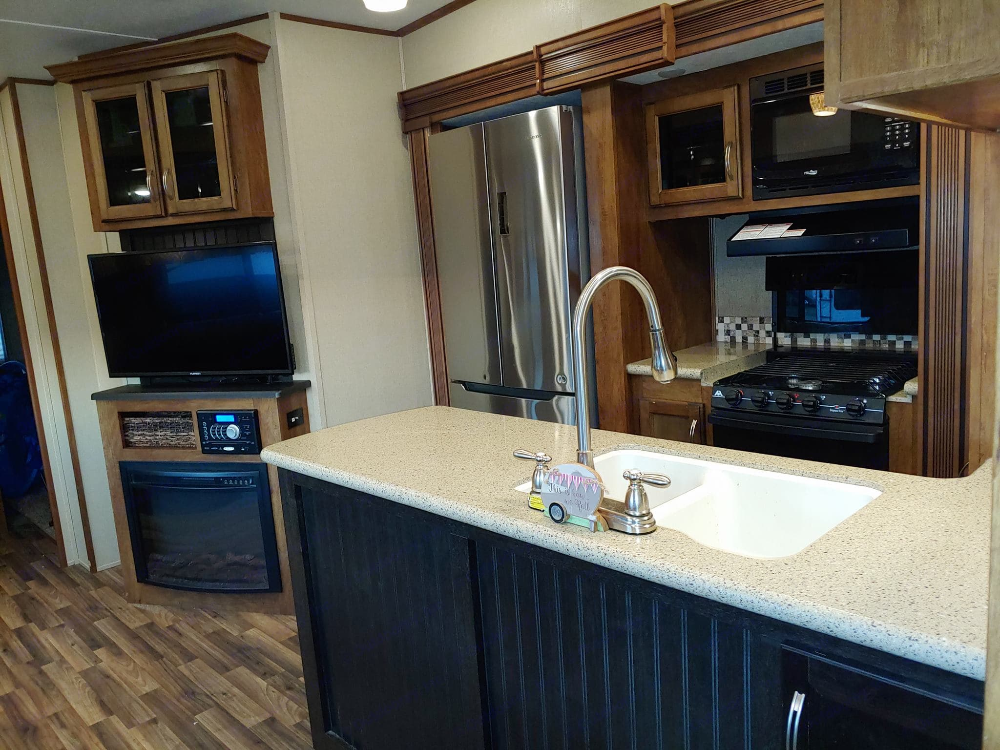 Large TV, DVD player, radio with Bluetooth feature and fireplace.. Coachmen Chaparral 2017