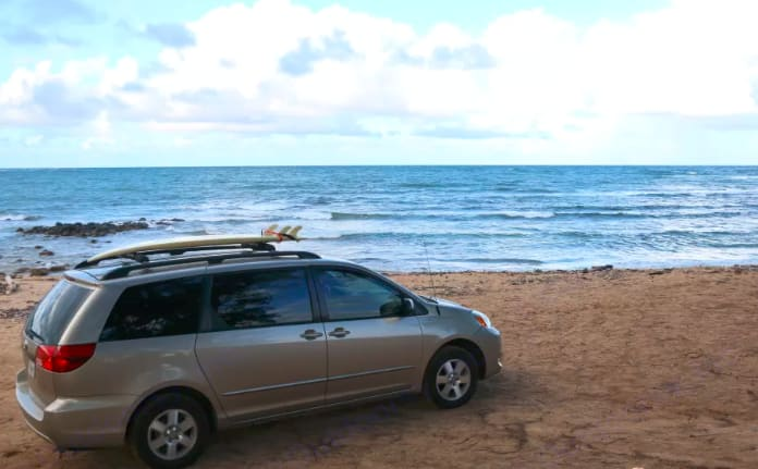 Check it out! This is at the Beach.. Toyota Sienna 2004