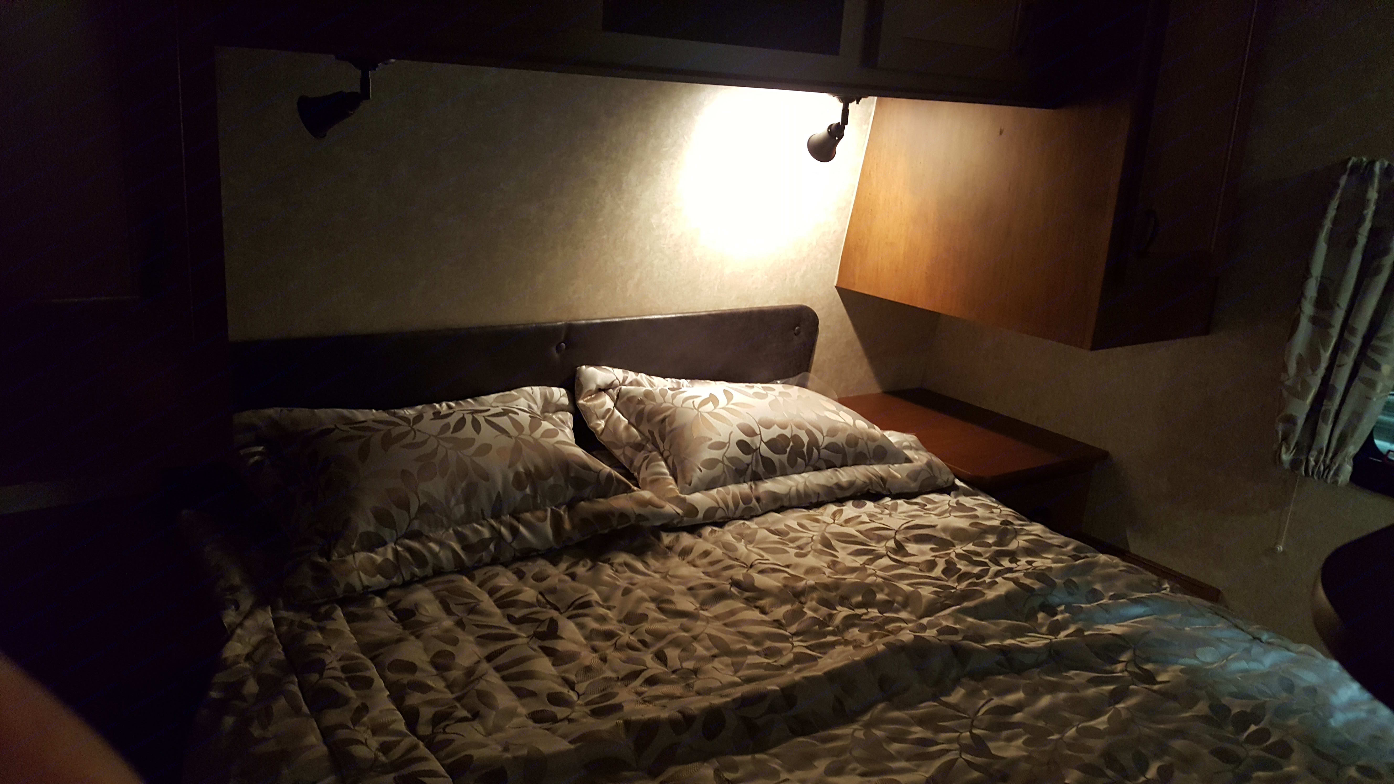 Cozy and comfortable queen size bed.. Open Range Light 2017