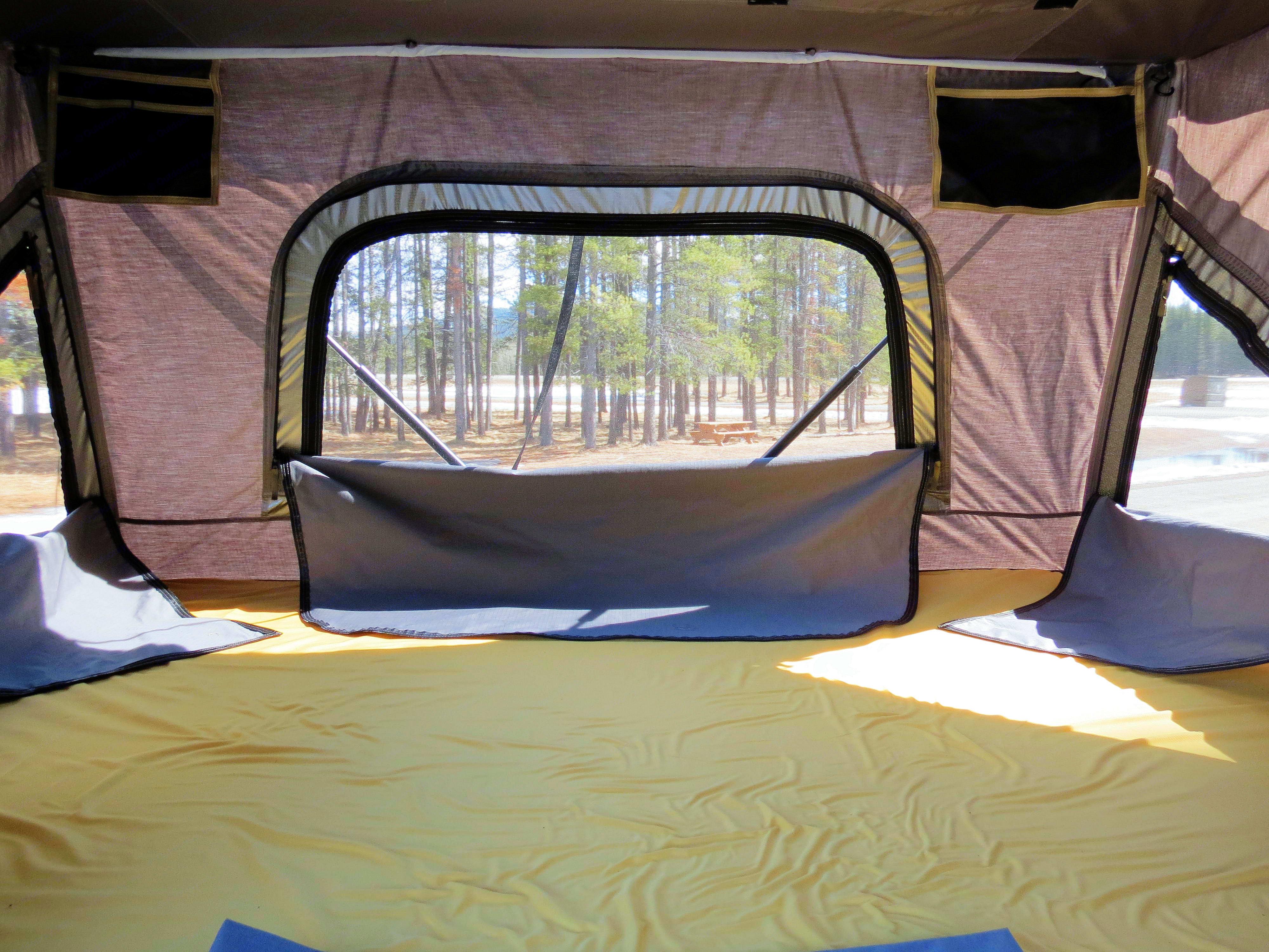 """mattress size: 1.34m x 2m (52"""" x 79""""). Dodge Grand Caravan 2014"""