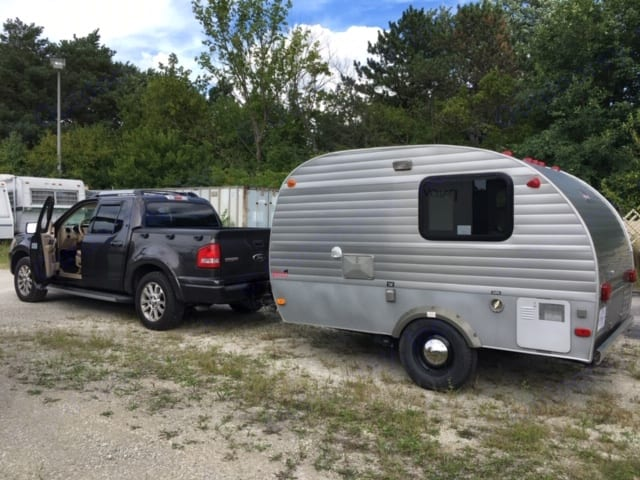 Actual camper 10'   With hitch, overall length 12'. Serro Scotty Other 2009