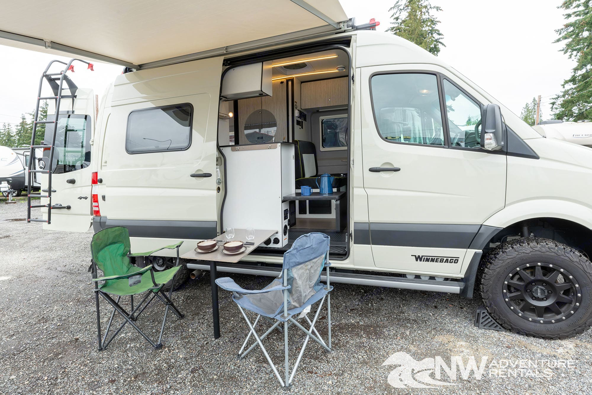 Winnebago Revel 2018