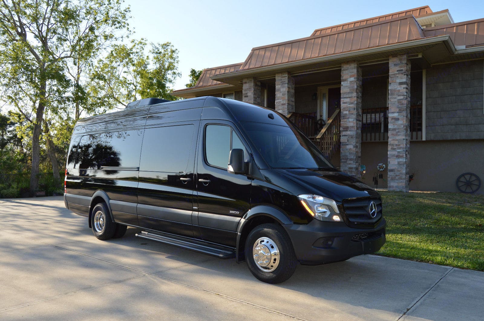 Sleek Limo/RV. Mercedes-Benz Sprinter 170 EXT 3500 2014
