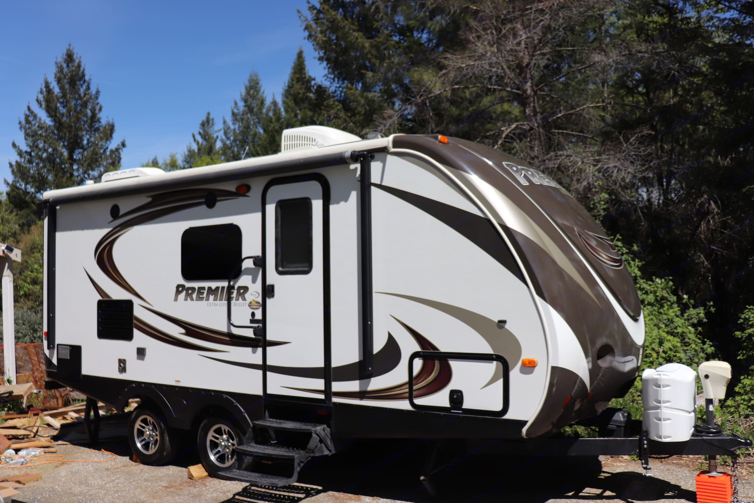 21ft easy towable keystone bullet Premier. All the comforts of home on the road!. Keystone Bullet Premier 2014