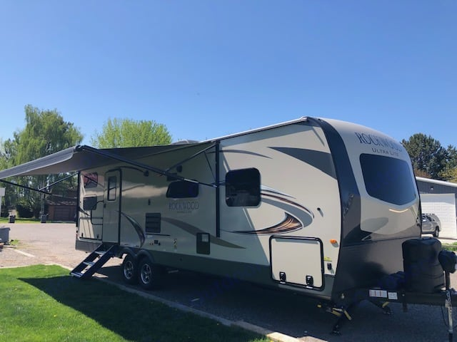 View from the front. Parking LED lights make it easy to see at night. . Forest River Rockwood Ultra Lite 2020