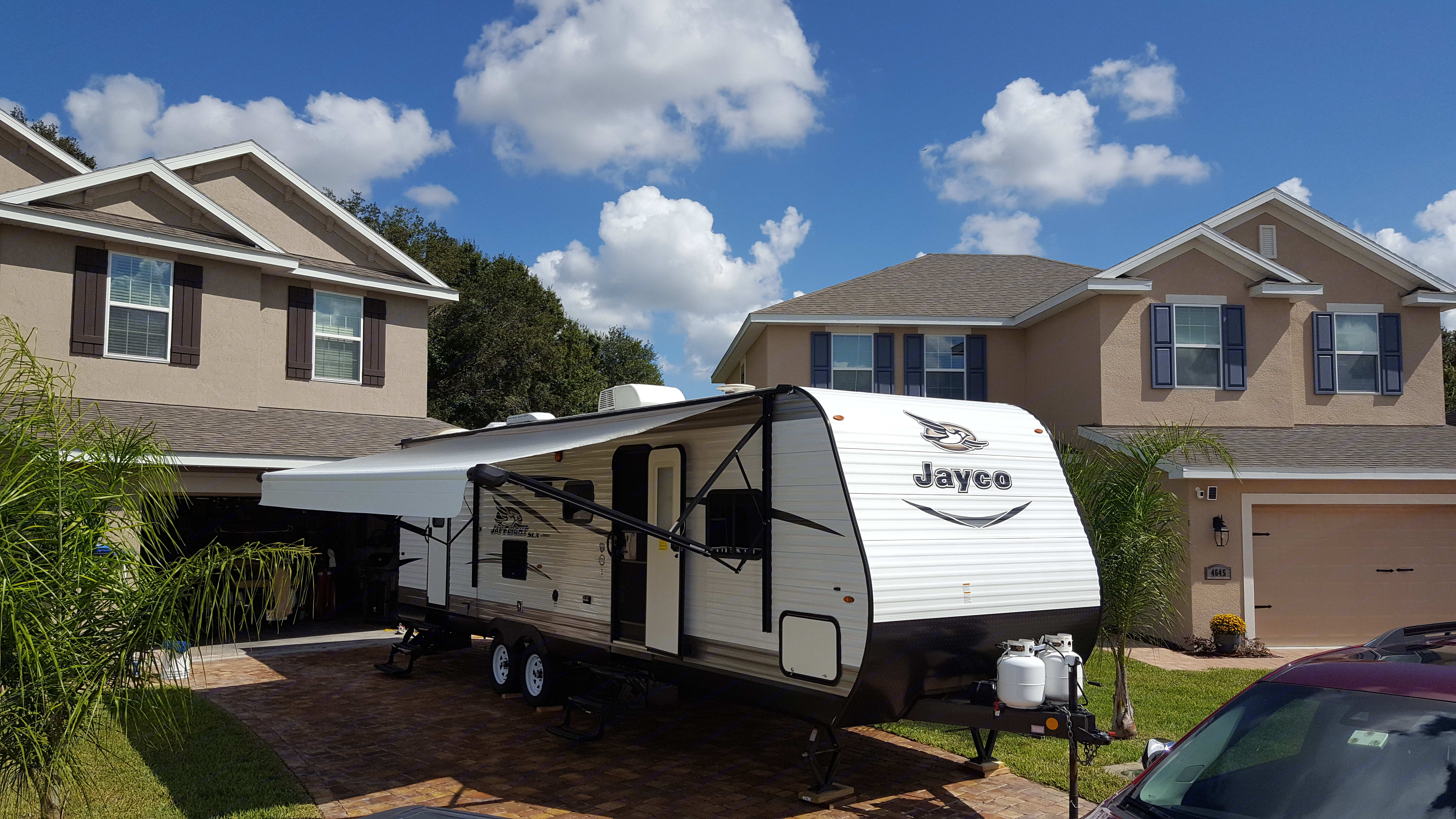 Easy 10 minute set up. Jayco Jay Flight SLX 287 BHSW 2017
