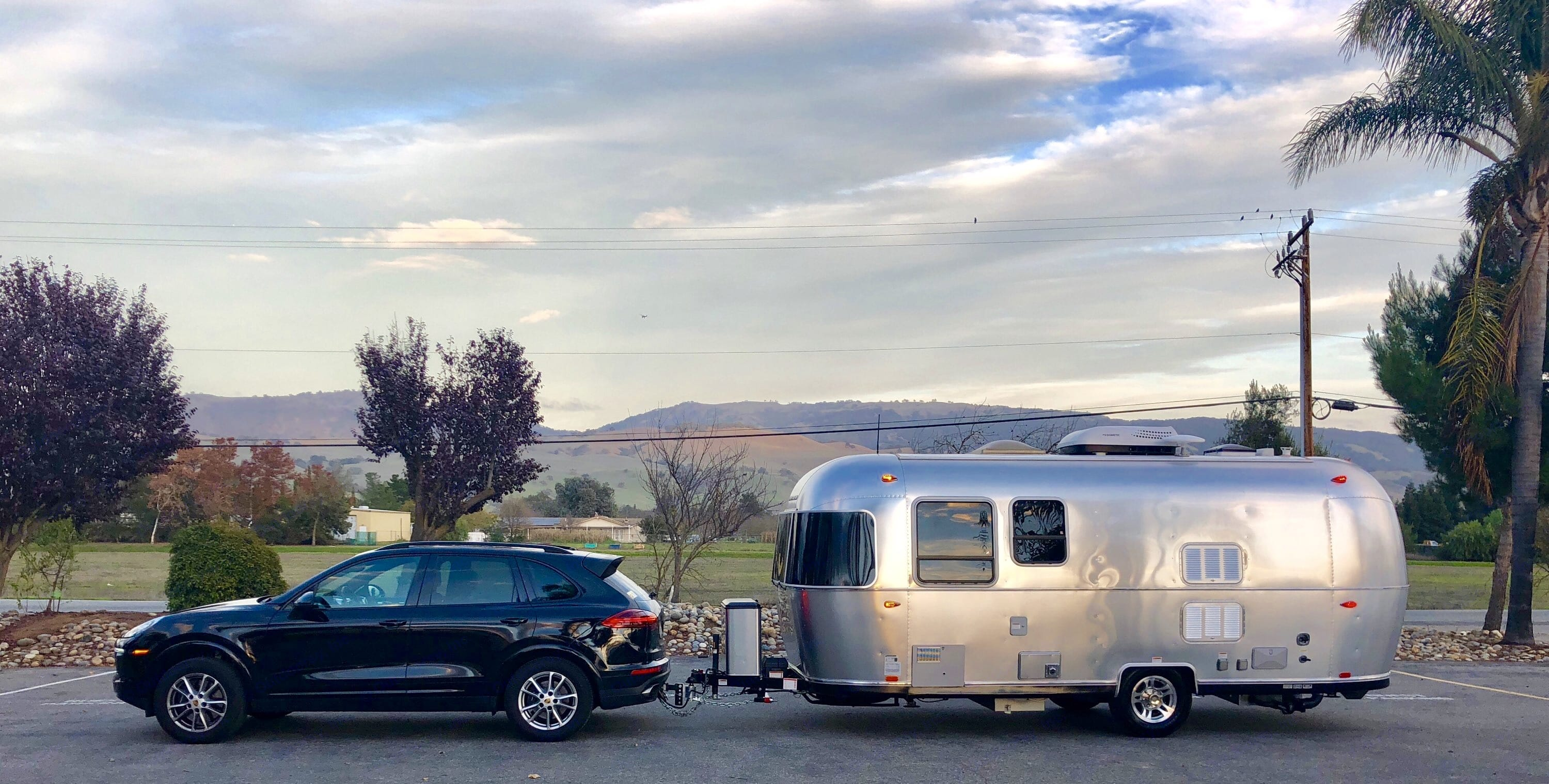 Ready for adventure! The rental comes with an optional tow set up with anti-sway system, and a bluetooth brake controller.  (Porsche not included). Airstream Sport 2018