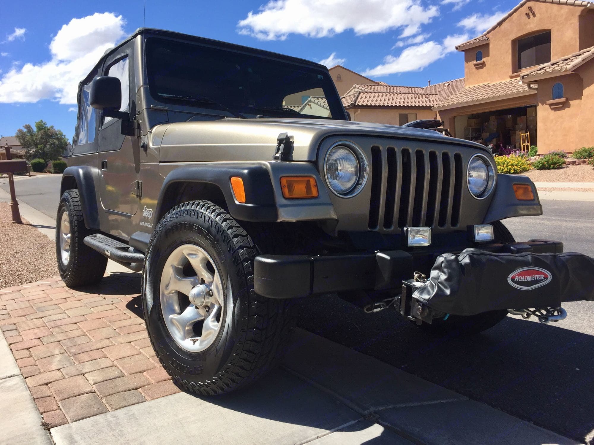 Jeep Wrangler 4x4, 4-cylinder, 2-door, softtop 2003