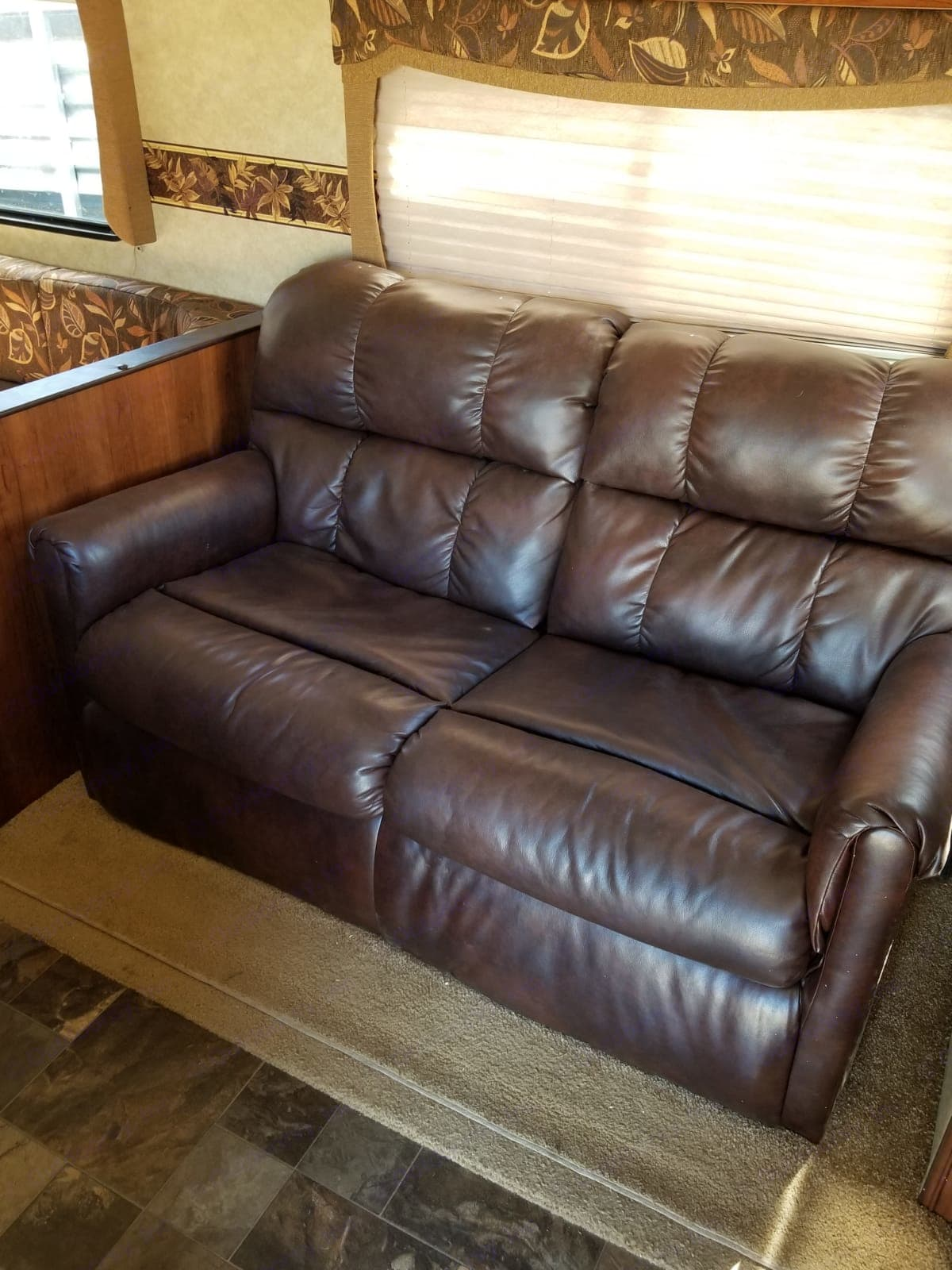 Fold out love seat that is very comfortable.. Prime Time Avenger 2014