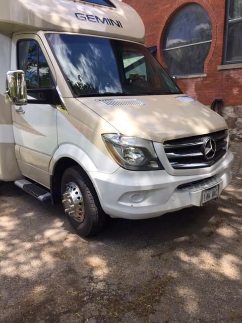 Front of Sprinter and NEW Mercedes Chrome Sprinter Bling on new Running Boards, Mirrors, Door Handles and Engine Intake Grilles. Thor Motor Coach Gemini 2018