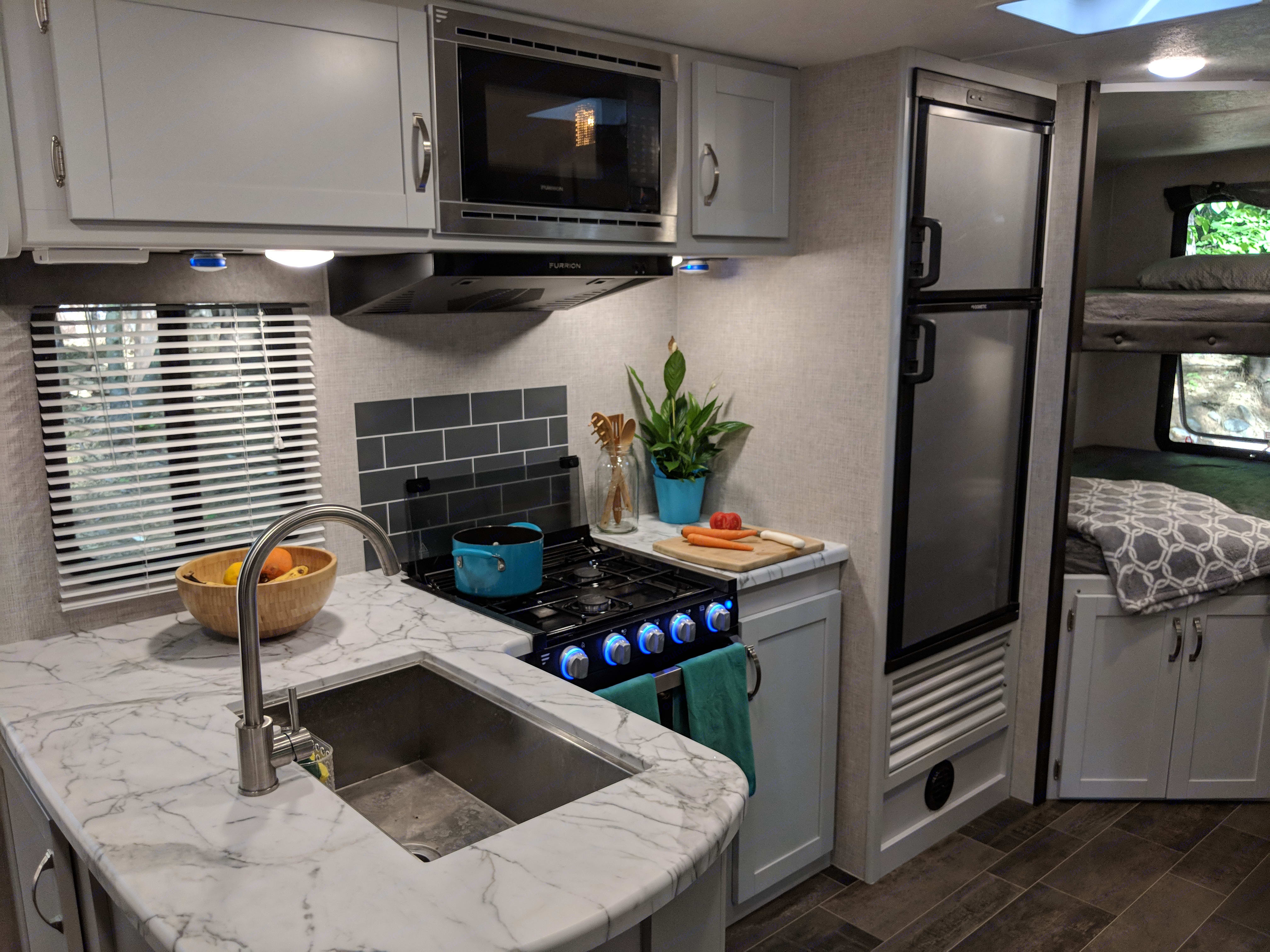 Kitchen with lots of counter space. Cookware and dishes provided. . Keystone Bullet 2019