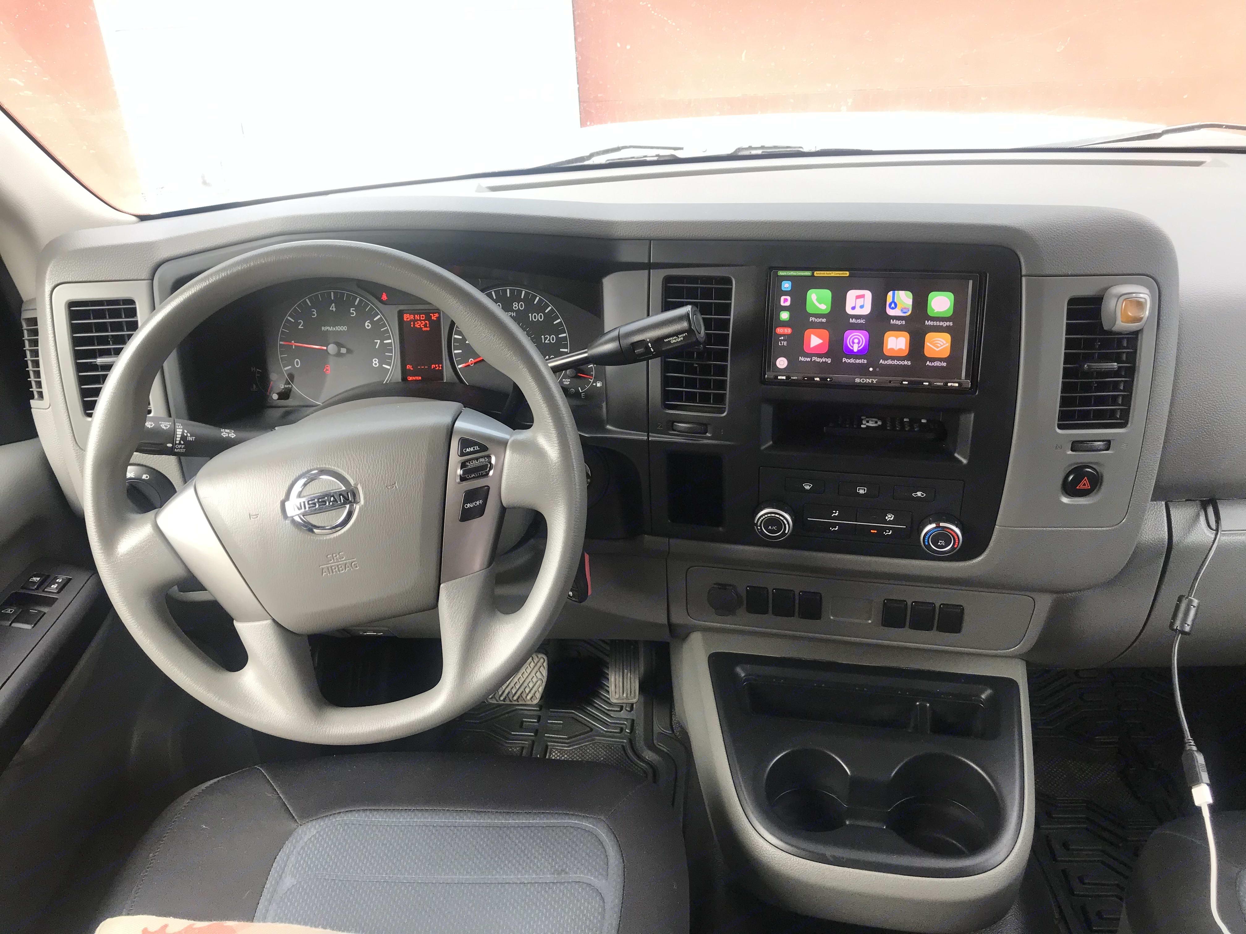 Nissan NV 1500 2015
