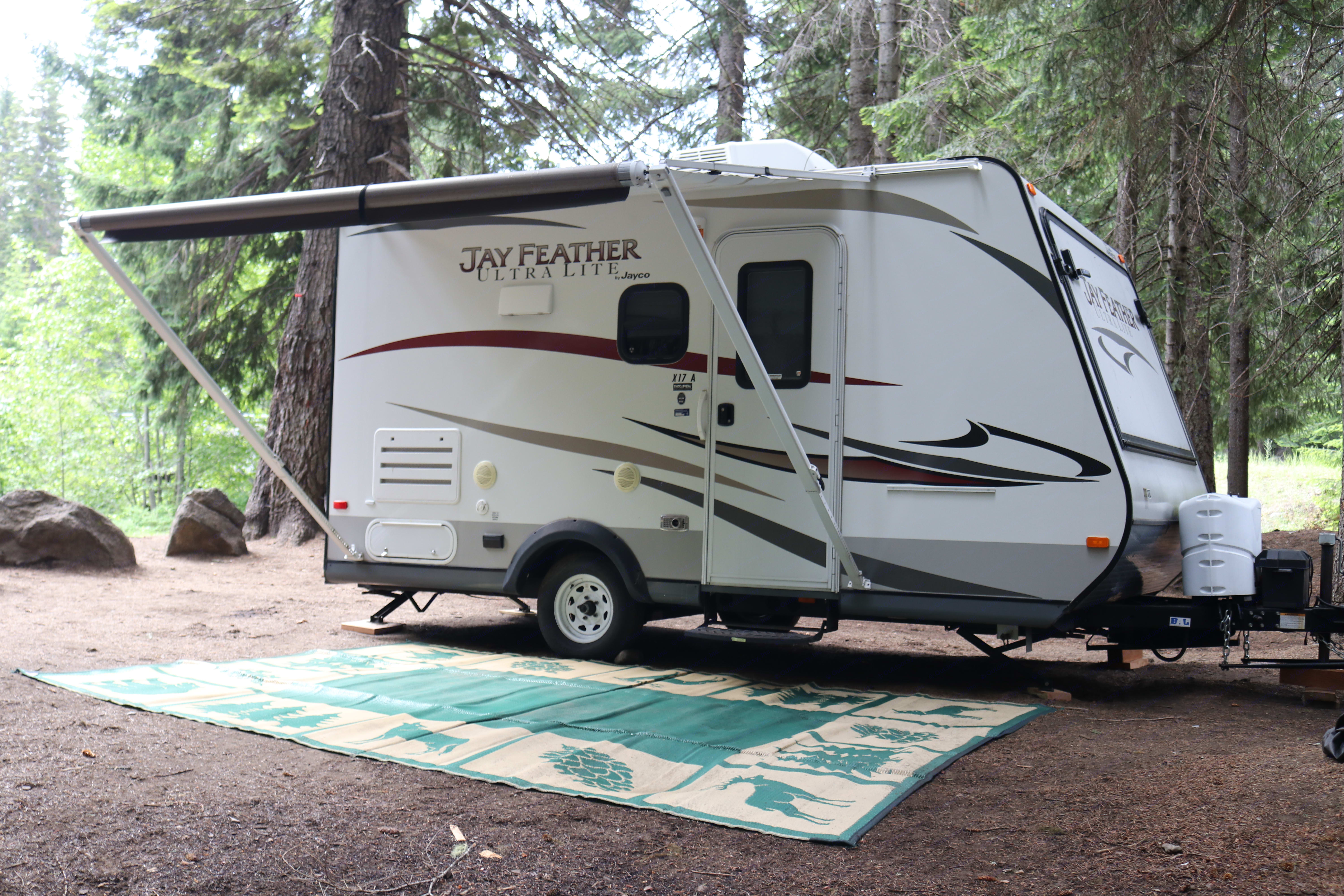 Working awning for your enjoyment.  I'll also provide the camping mat which is very helpful keeping the inside less dirty.. Jayco Jay Feather Ultra Lite 2013