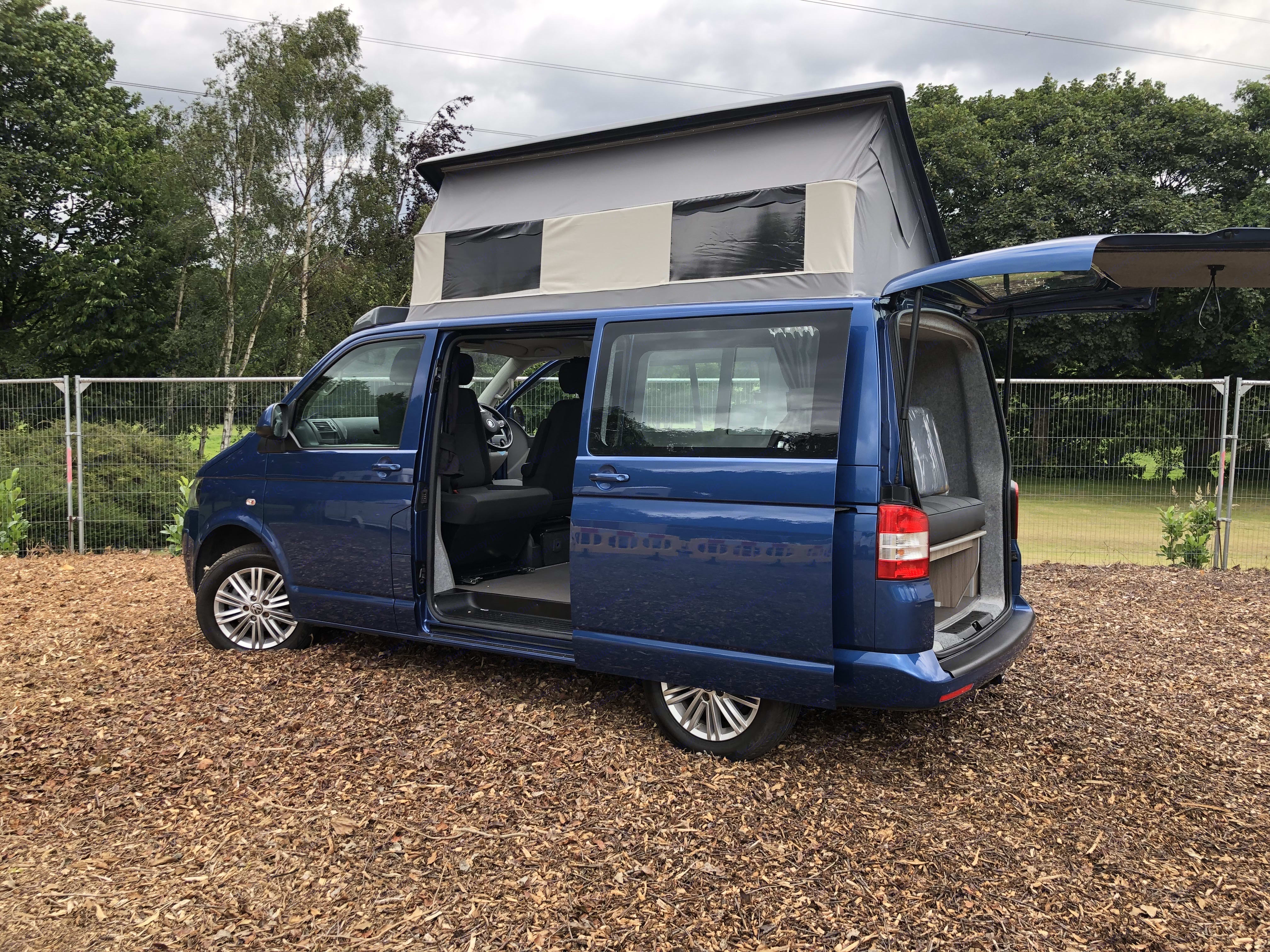 Harvey side view with elevating roof & rear hatch.. Volkswagen Camper 2015