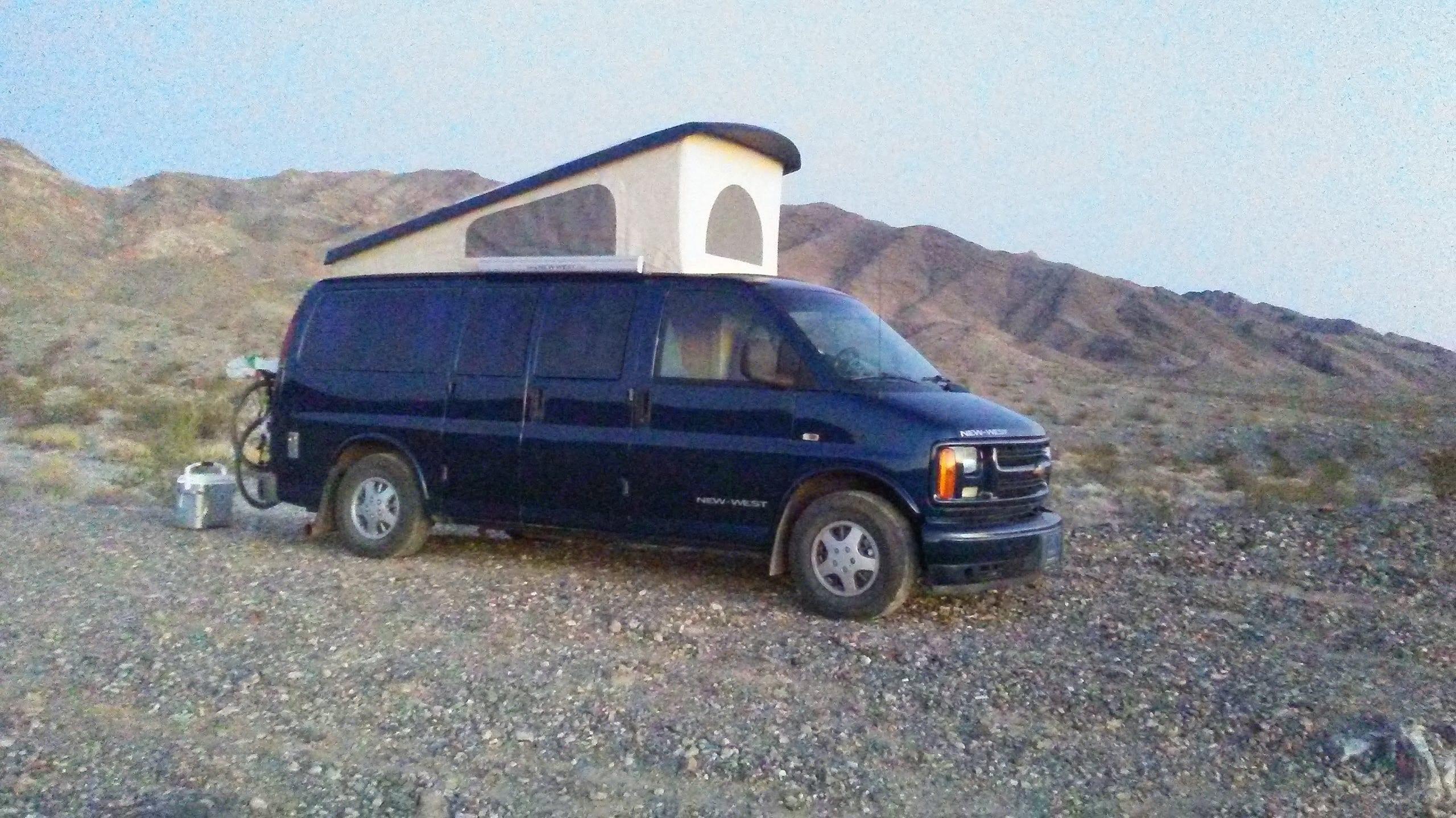 Il est facile et rapide à installer pour camper.. Chevrolet New-west 2000