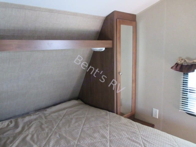 Bedroom . Dutchmen Aspen Trail 2015