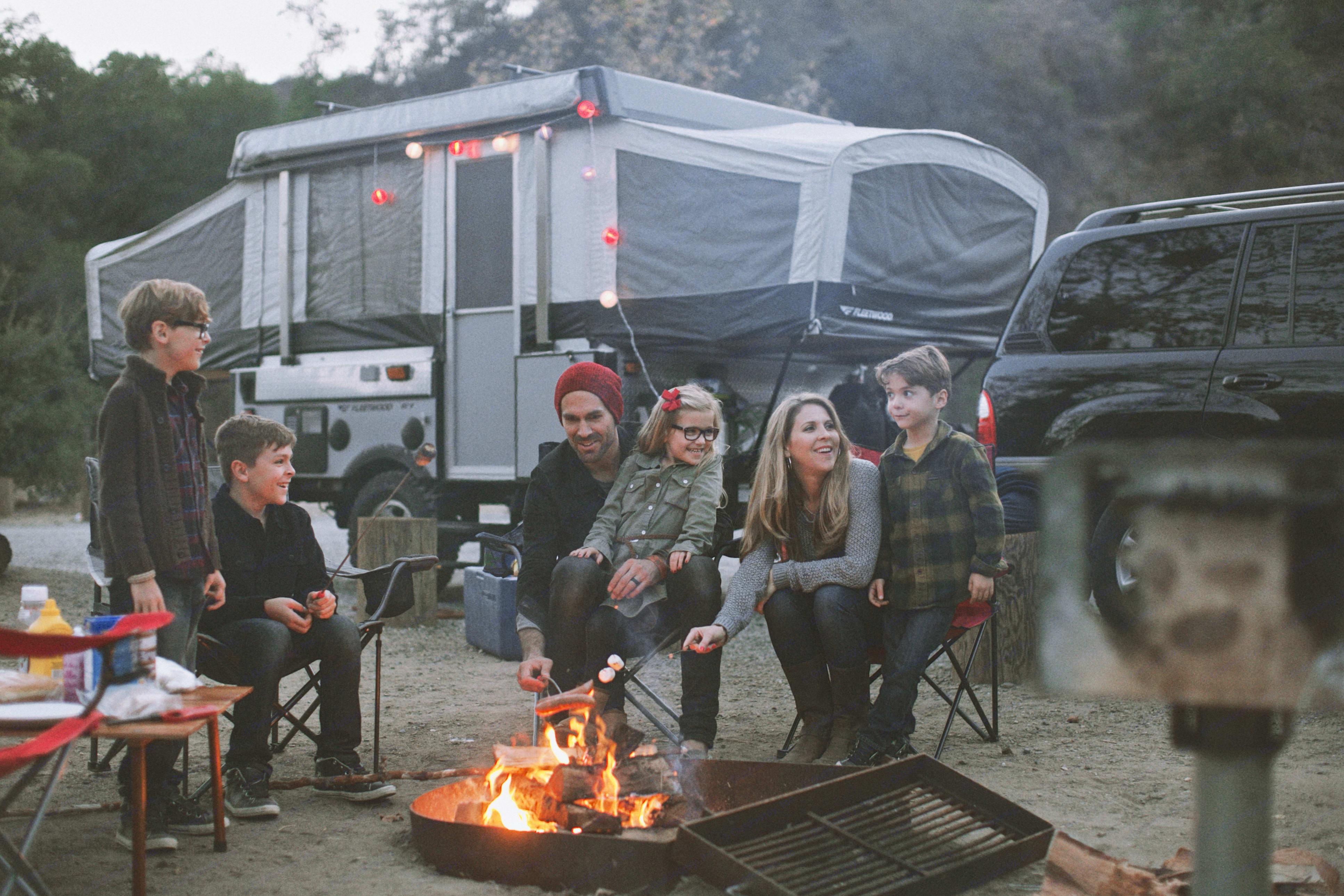 My family camping at Casper's. Fleetwood Evolution 1 (E1) 2008