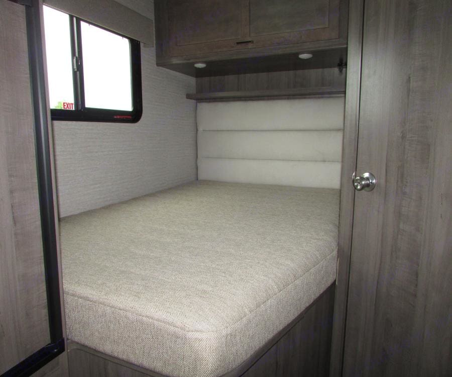 Bed size good for 2 person regular size.. Winnebago Minnie Winnie 2020