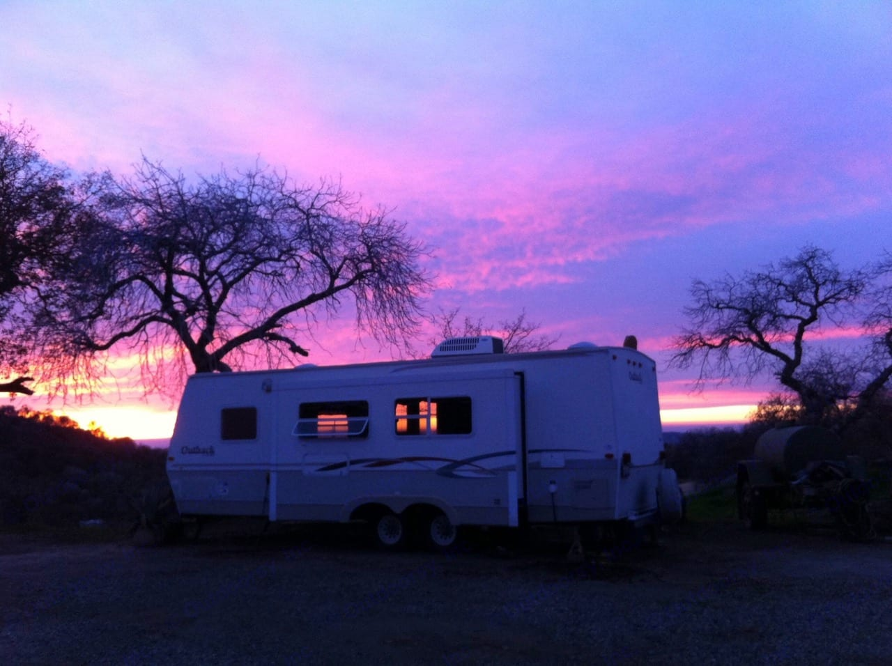 Sunsets are better when your camping.. outback by lite way 27' 2004