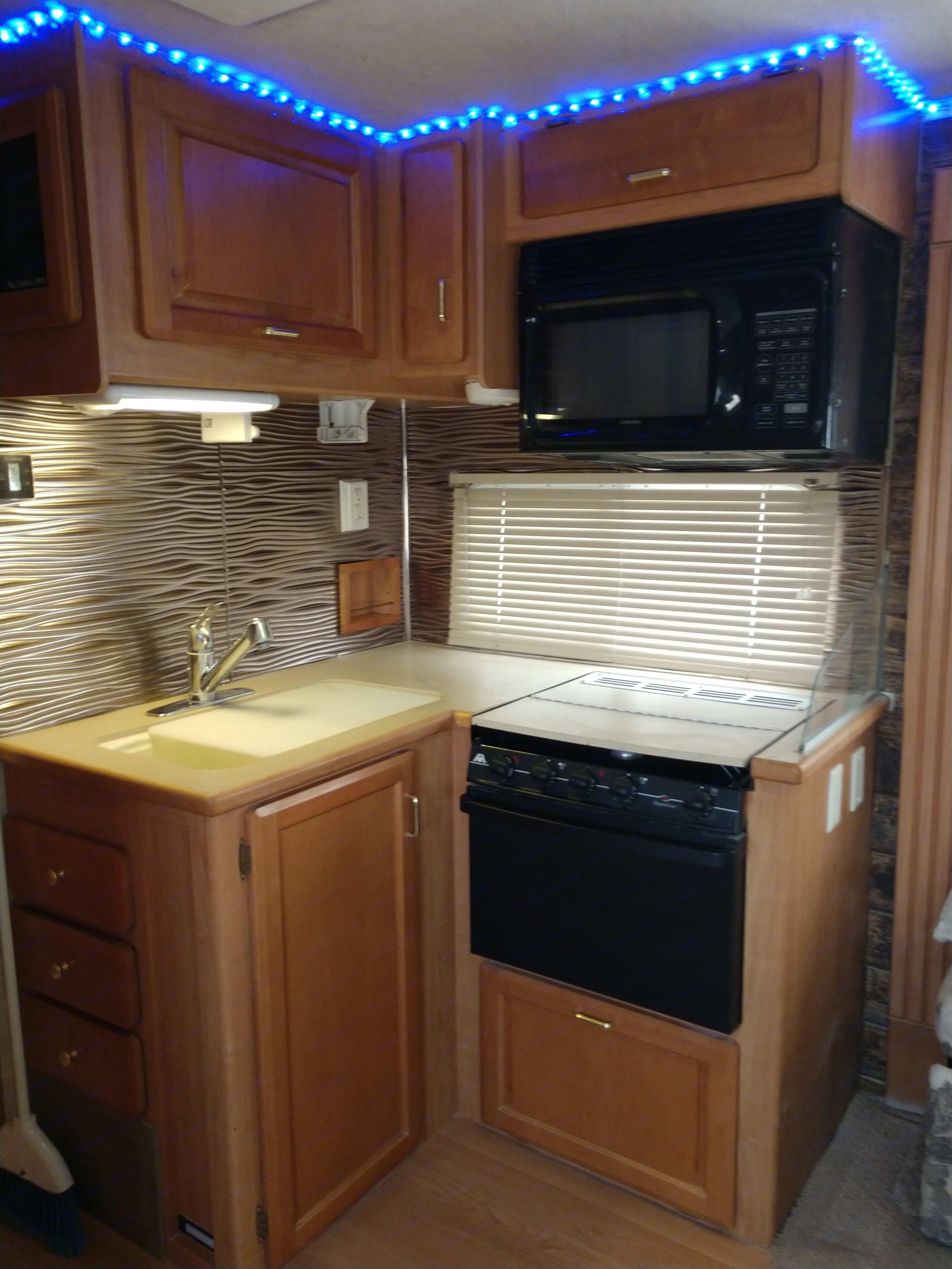 Spacious kitchen with all the amenities. Jayco Granite Ridge 2003
