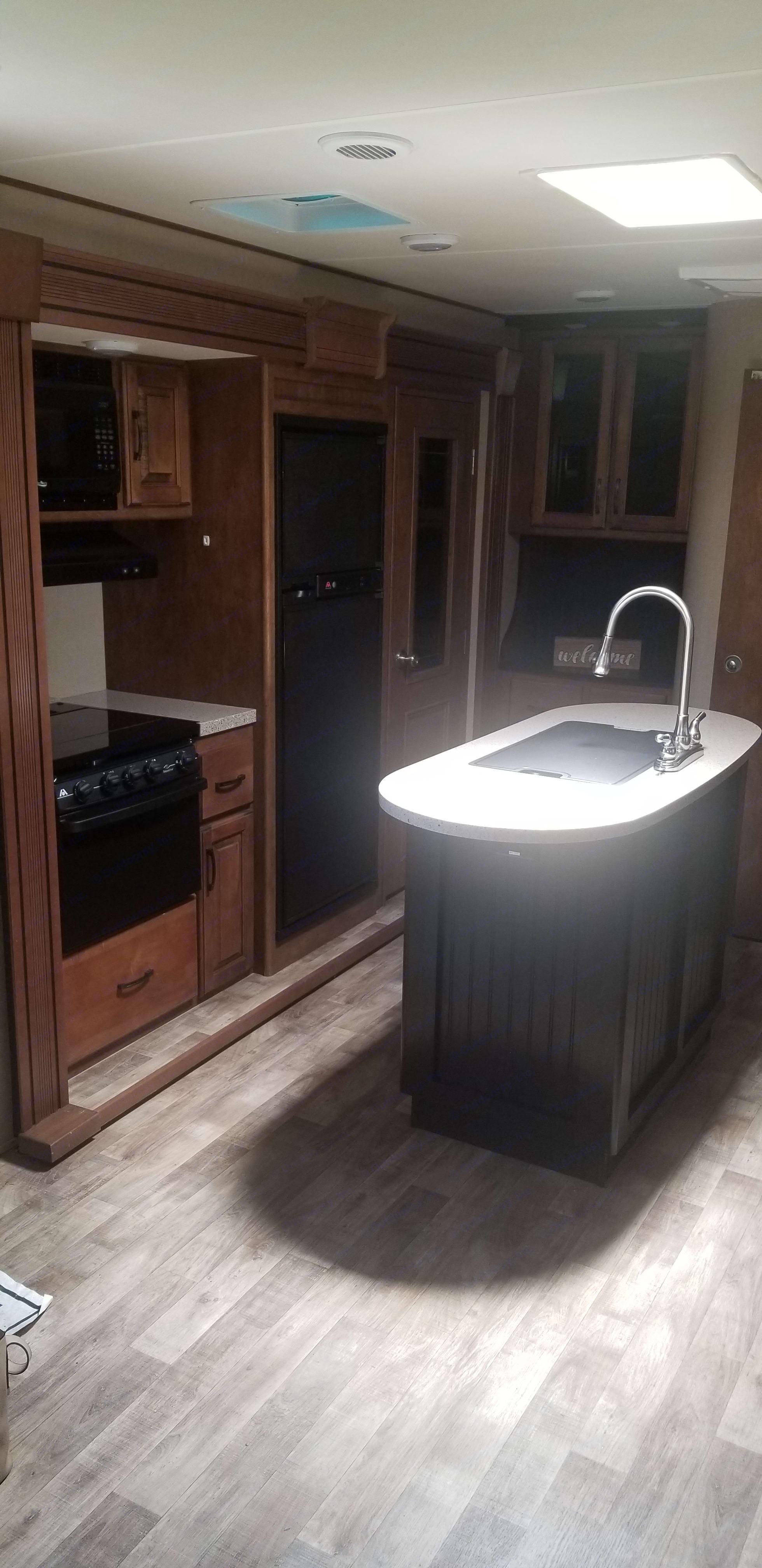kitchen . Grand Design Reflection 2015