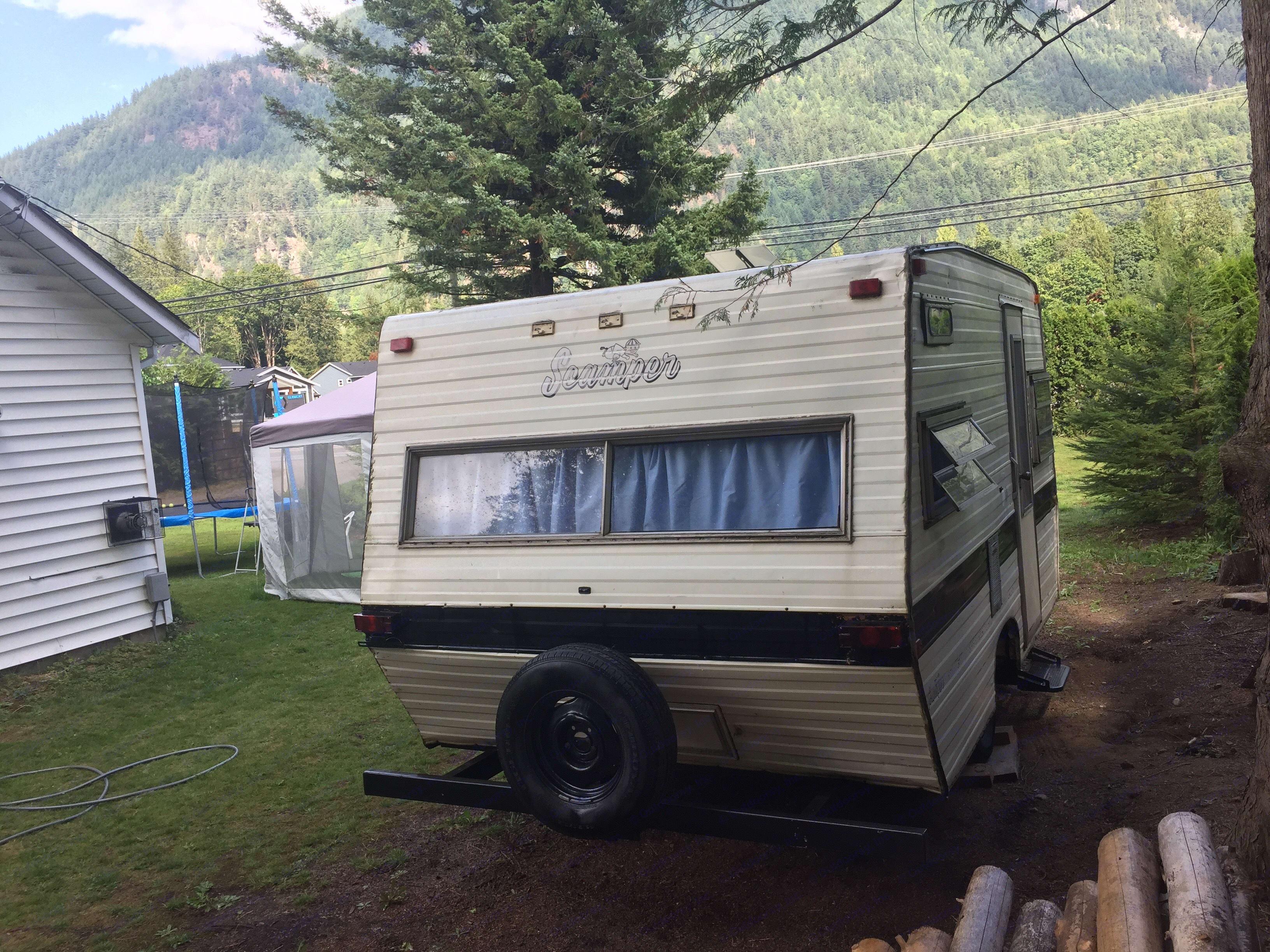 other side of camper. Scamper Scamper 1962