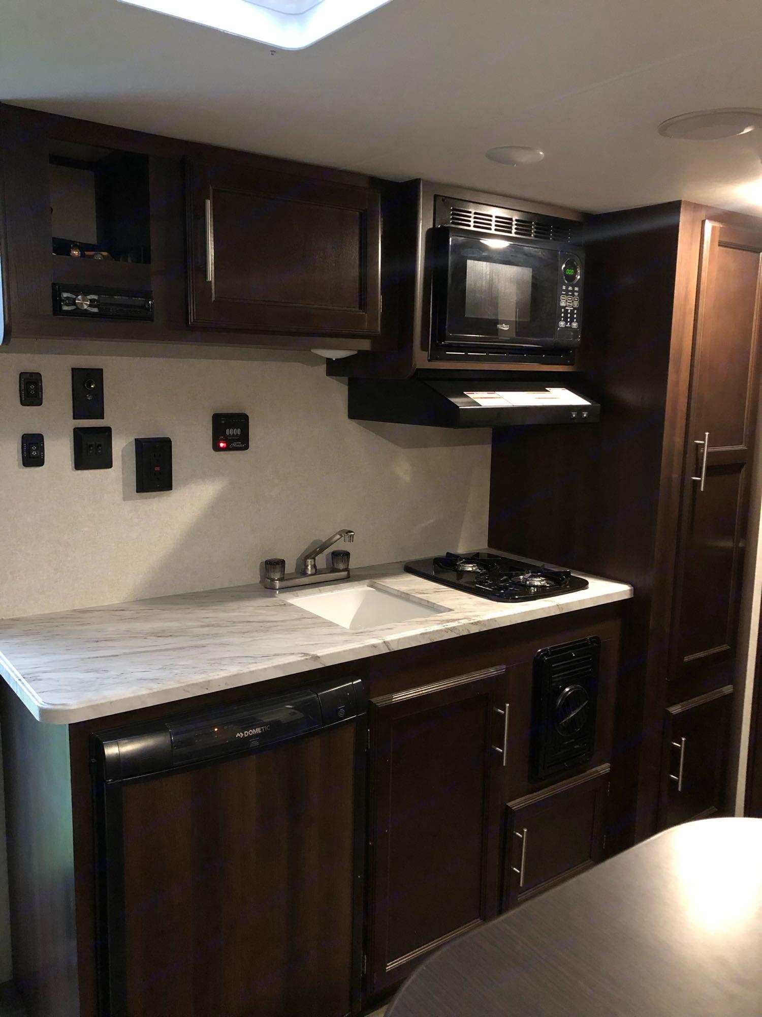 Kitchen. Jayco Baja 2020