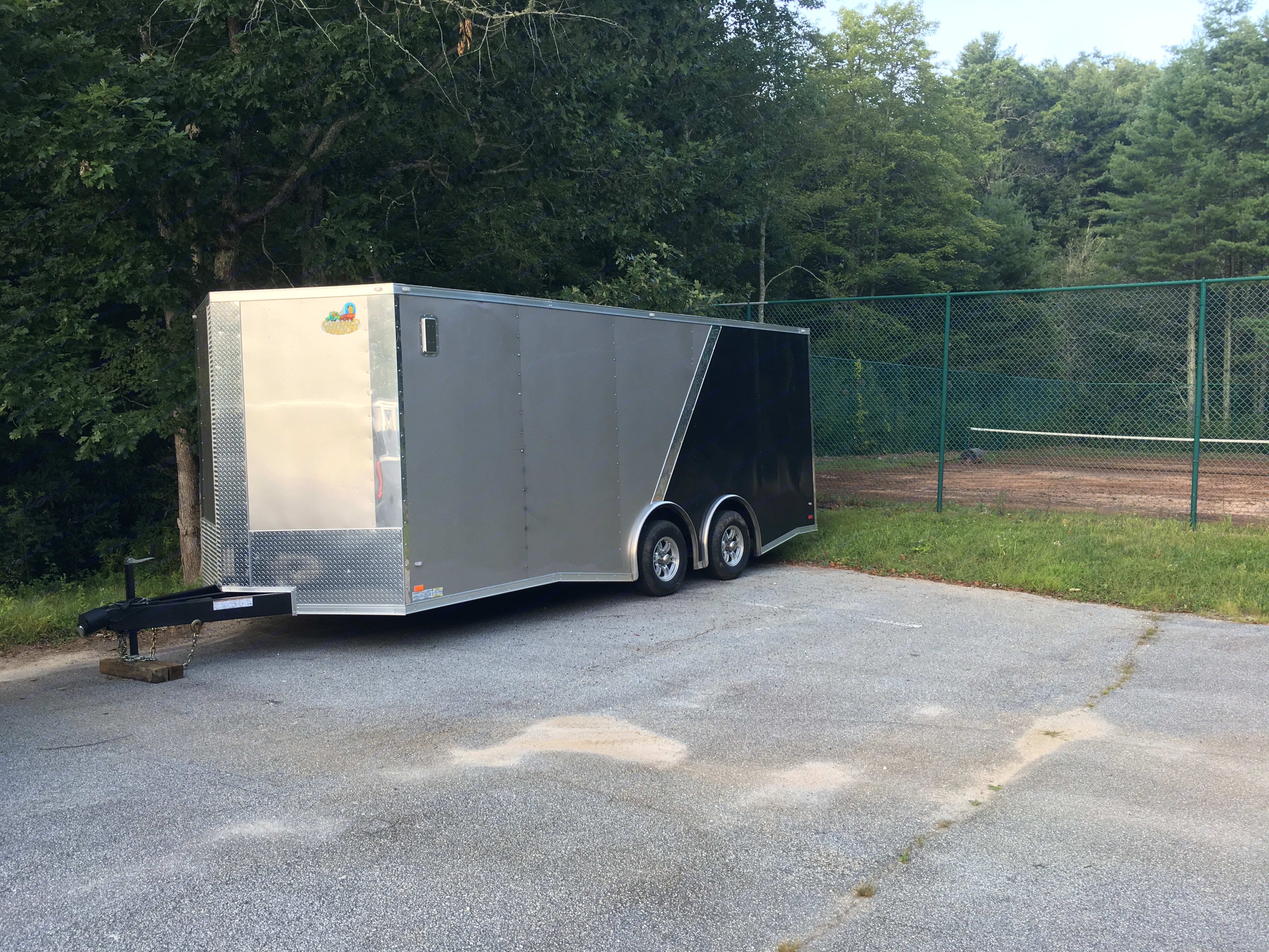 Covered Wagon Enclosed 2017