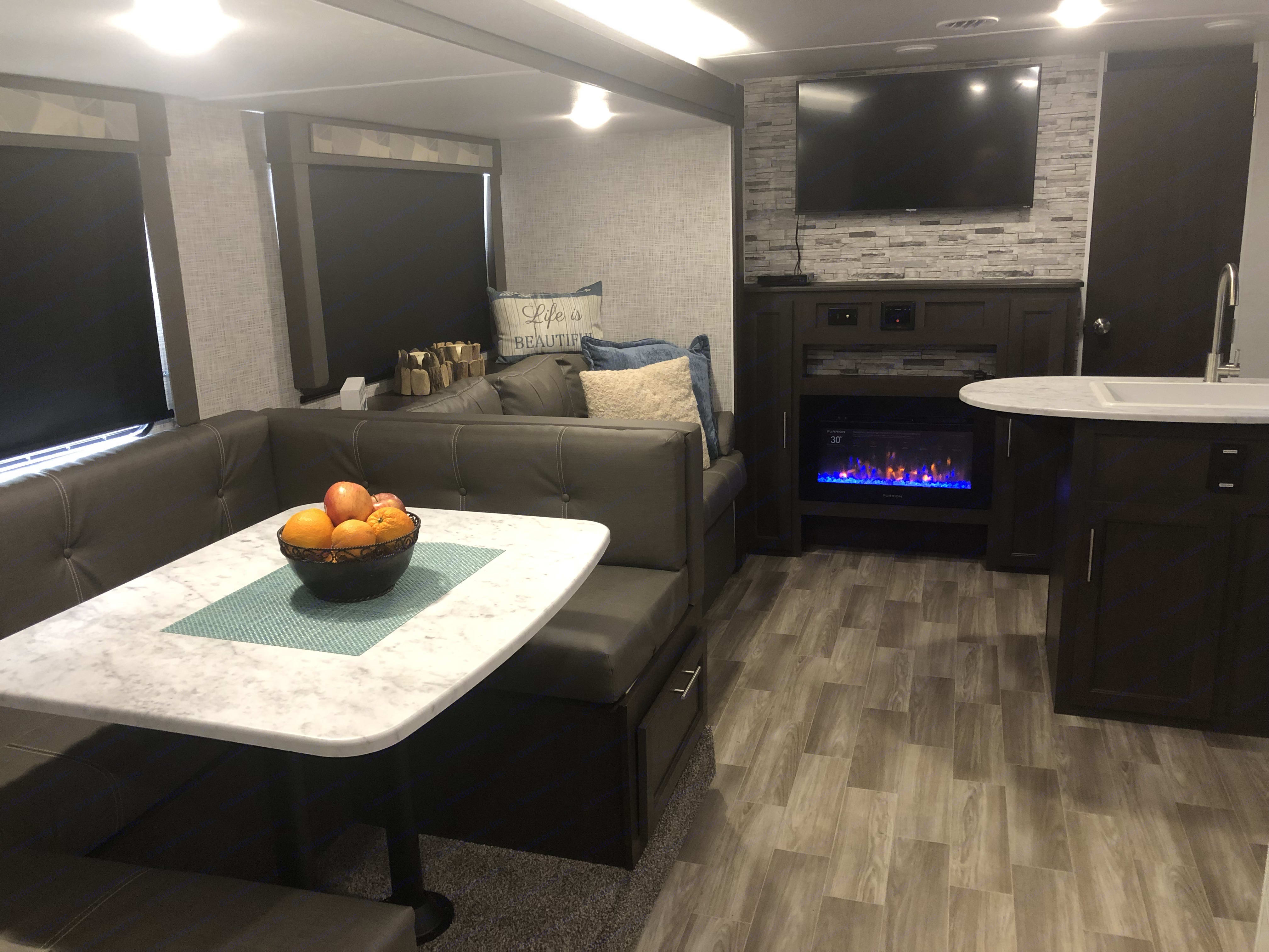 Very clean coach with upgrades.... Forest River Wildwood 2020